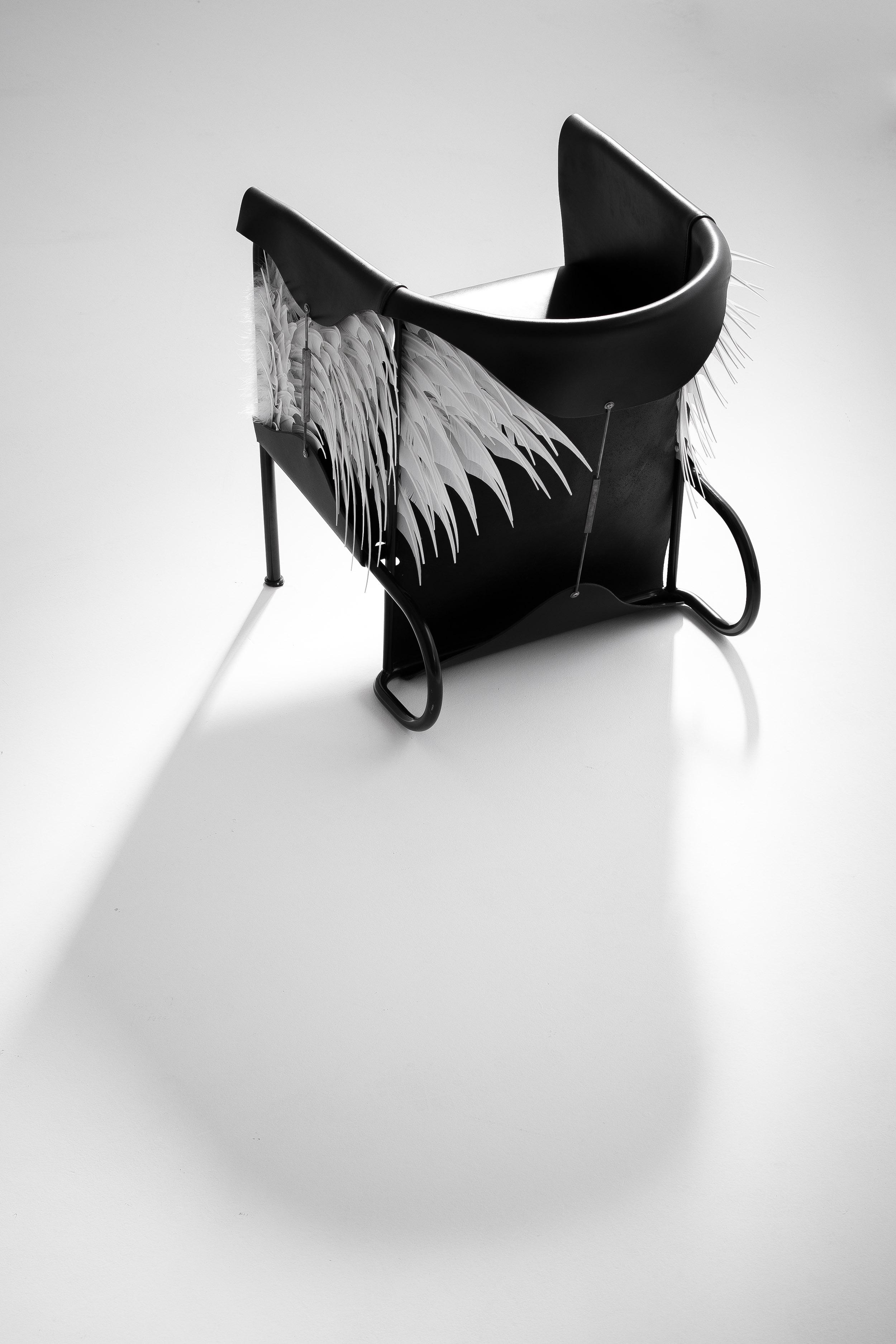 Club Lounge Chair - Accoutre N.2