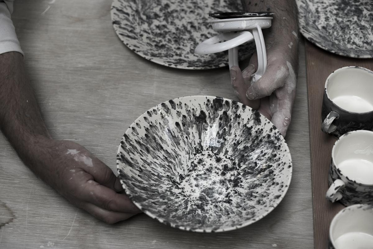 Slick Large Serving Bowl