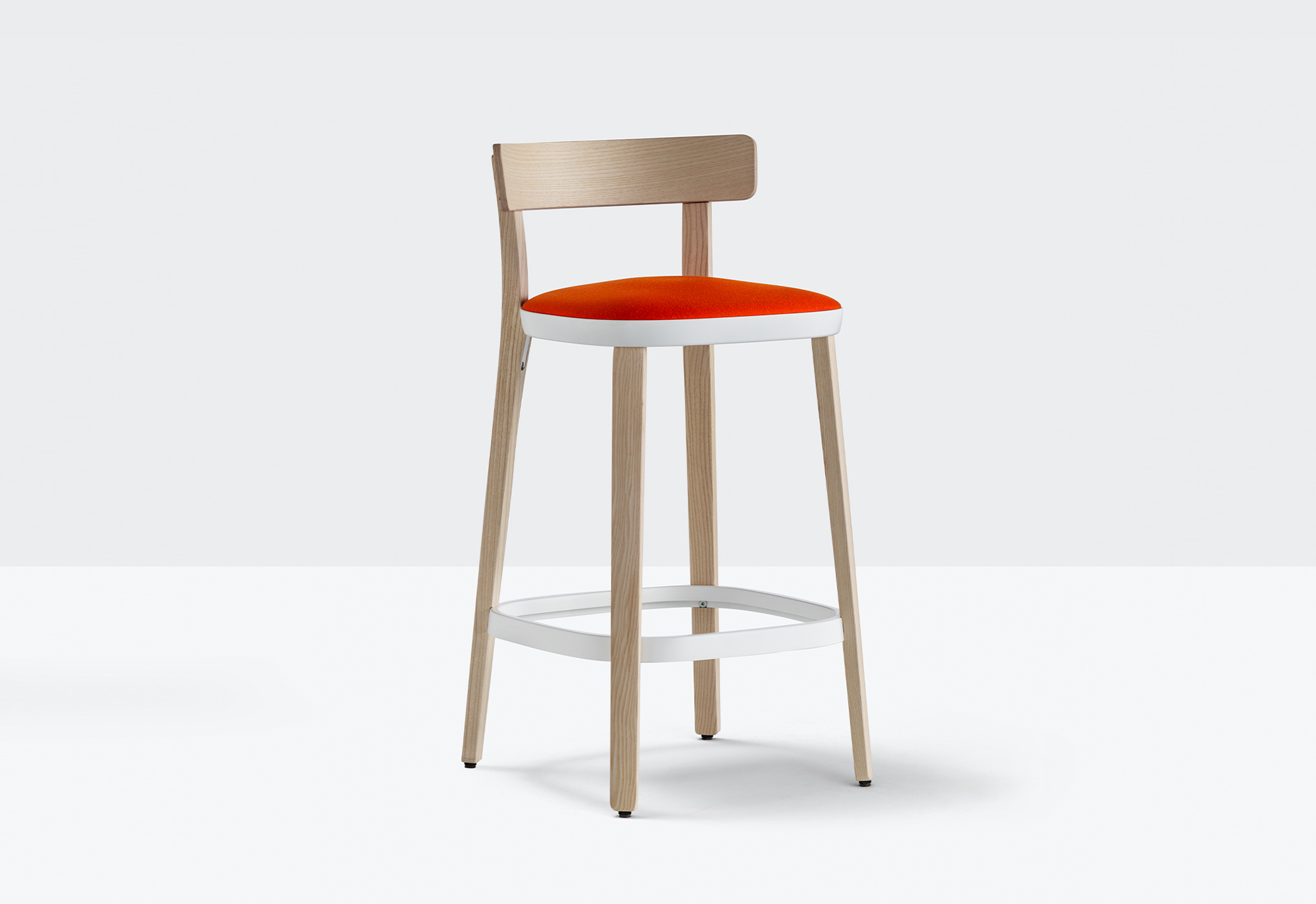 Folk High Stool with Cushion - Folk collection accentuates the quest for simplicity. Its friendly character, the warmth of ash wood, the soft and compact dimensions, human lines seamlessly convey the concept of a chair that speaks a universal language. 