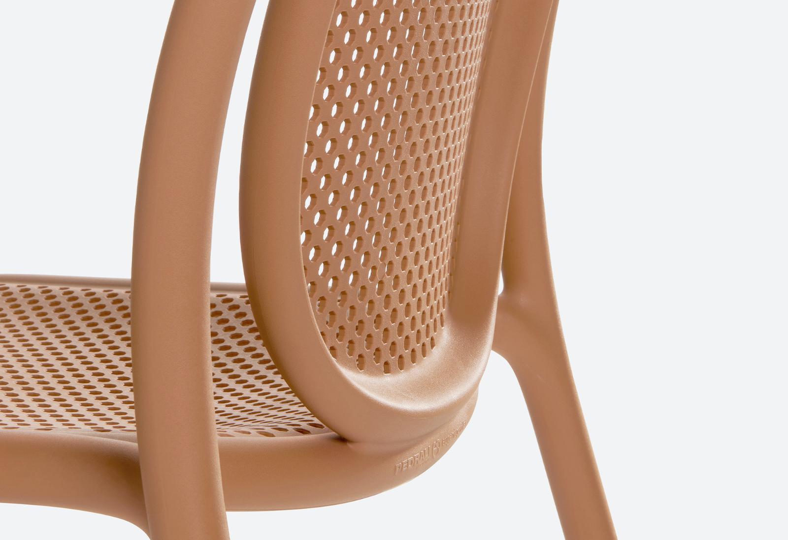 Remind Chair