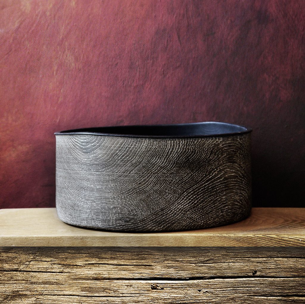 Bowl Oak 01 - <p>The artistic work of the trained carpenter and film-director Fritz Baumann is expressed in award-winning films and unique works in wood.<br /> Bowl Oak 01 is hand carved in oak Ebonized and limed.</p>  | Matter of Stuff