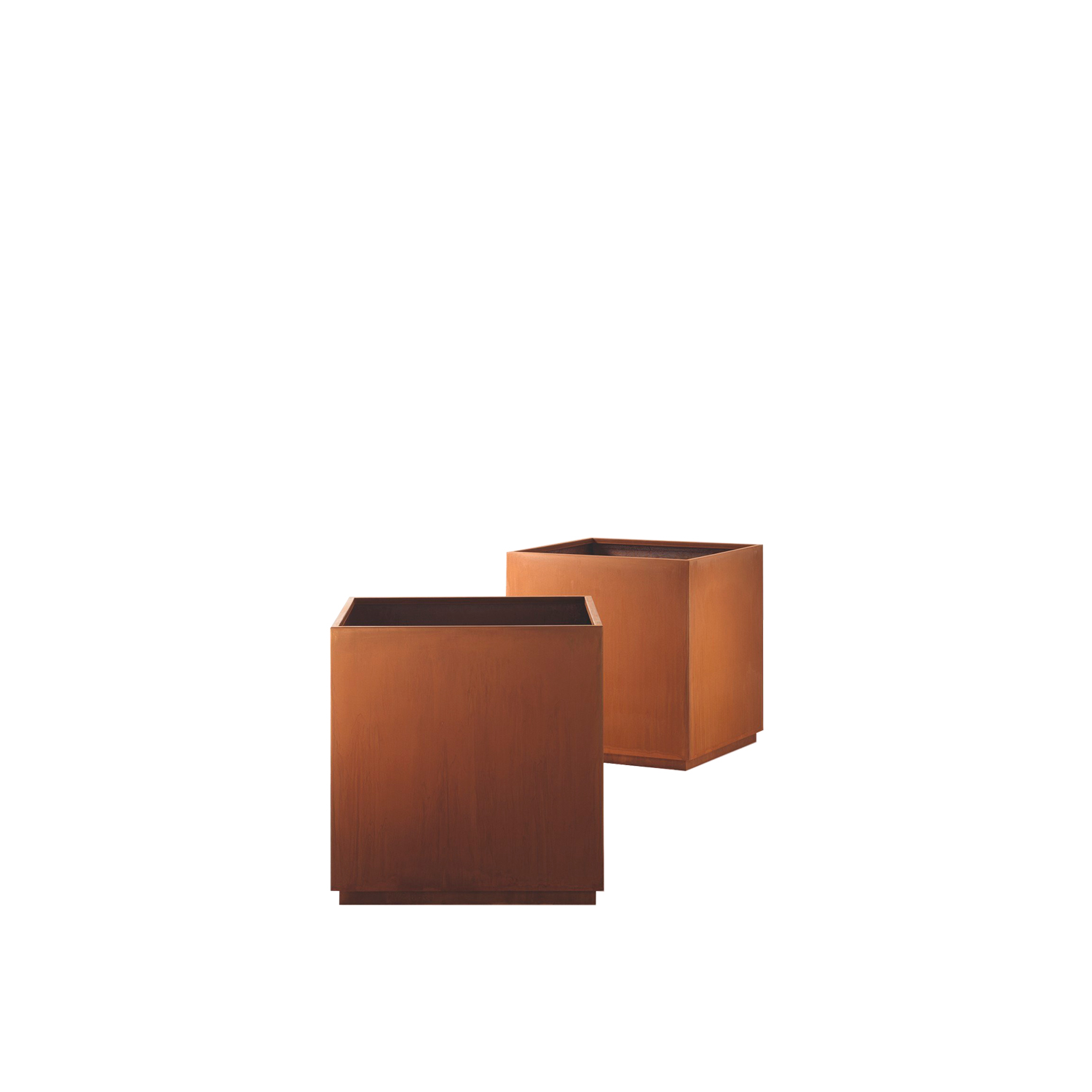 Cube Plant Pot  - Cube is a line of containers with absolute formal sobriety, where the completeness of the cube is combined with different finishes abounding in personality.‎ Rigor and creative impetus fuse in a timeless composition that blends with the open space around it.‎