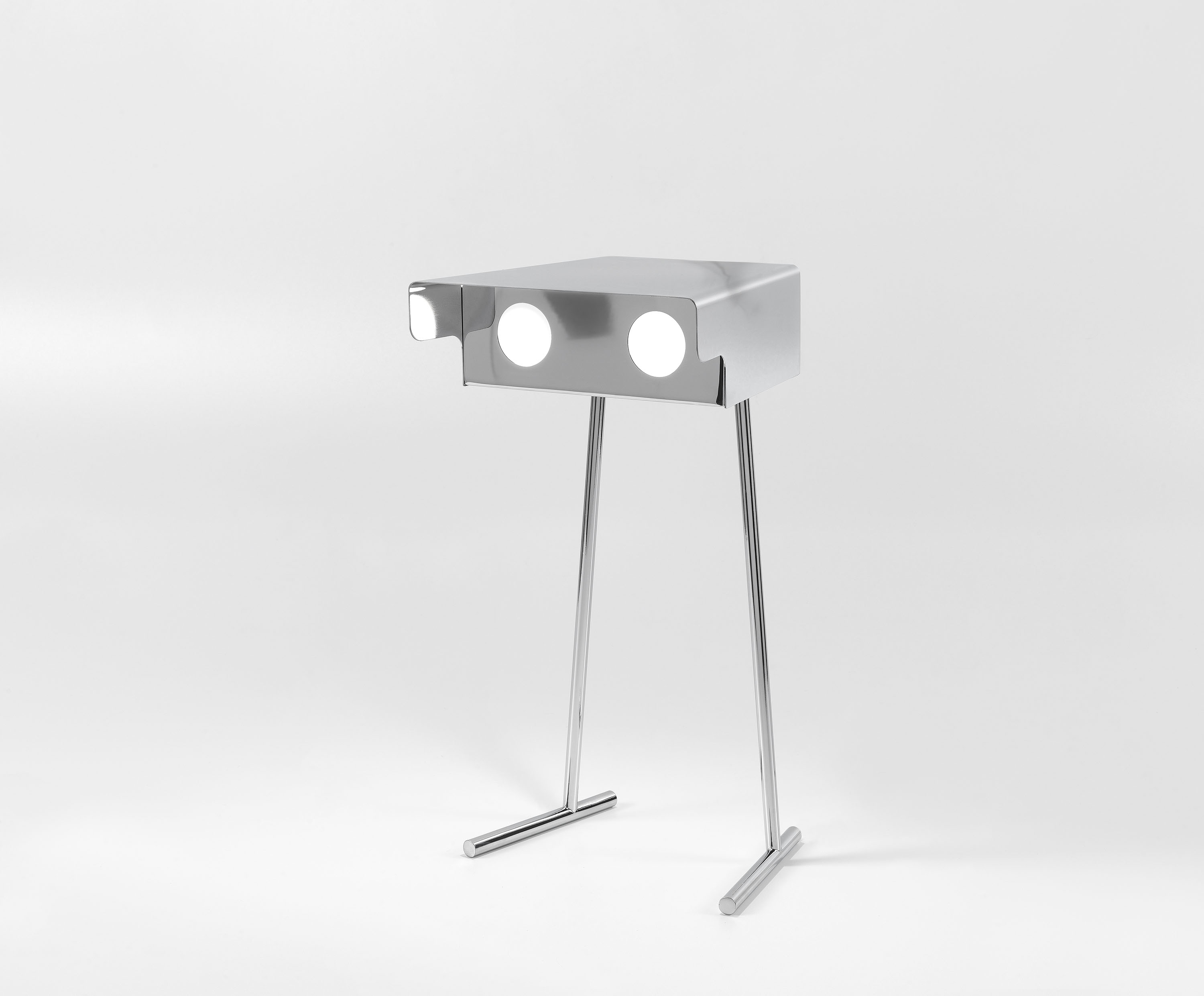 Betoo Table Lamp - <p>Betoo comes from a JCP universe's science-fiction movie, where notions of the past become the future and what we perceive as history has yet to be seen. Looking like little robots with an unxpected soul, they light the unseen and become characters able to transform everyday life.</p>    Matter of Stuff