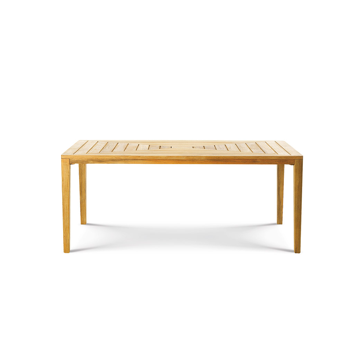 Friends Rectangular Dining Table - The Friends tables are at ease in any situation, thanks to the simple yet at the same time refined design and to the manufacture crafted in every smallest detail.  A rain cover is available at extra cost. Please enquire for more information. | Matter of Stuff