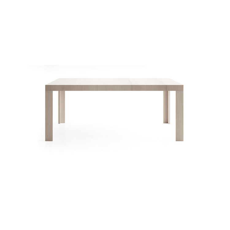 Assolo Extensibile Console Table - Table with refined and minimal lines, very versatile, it resolves any kind of need, also in the most prestigious professional environments. In both console and table version, it keeps and highlights its elegance, interpreting taste and needs of the contemporary life.  | Matter of Stuff