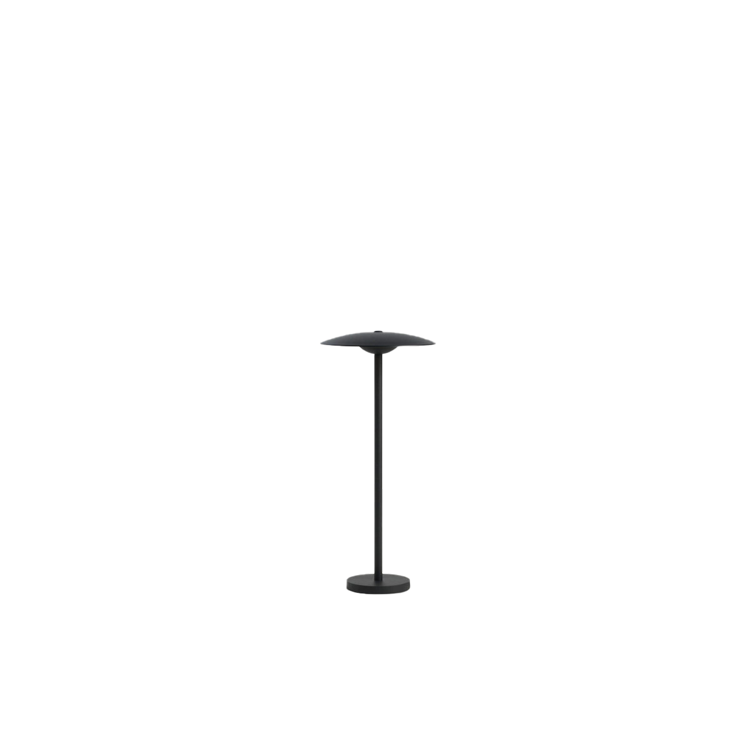 Ginger B 20/44 Outdoor Floor Lamp - The Ginger collection is moving outdoors, with wall sconces that can be installed individually or in a cluster, a new 15 cm sconce —perfect for passageways and small outdoor areas—, a lamppost and small floor lamps.  This year, the collection features new bollard lamps, raised by means of a post that can be buried in dirt or gravel, perfect for illuminating pathways, gardens, terraces, and walls, and blending nicely with vegetation. | Matter of Stuff