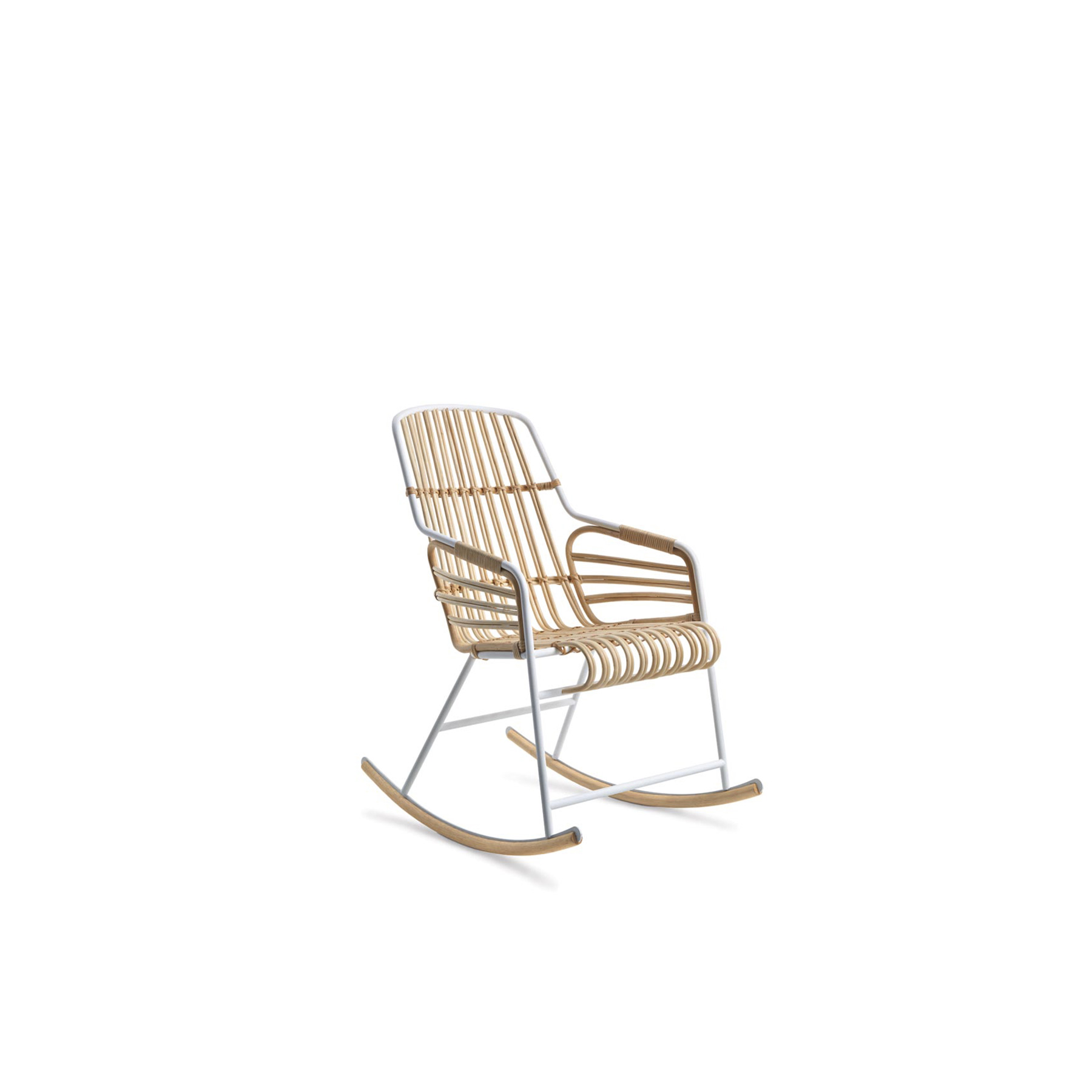 Raphia Rocking Chair - Raphia Rocking is the offspring of a research project into the use of materials and how they can be exploited as furnishings. It is the perfect convergence of modernity and tradition, of technology and craftsmanship. An oxymoron that brings together two of the spirits of production in Italy: the metal industry and the small timehonoured manufacturers of rattan and wicker products. Today, there remain very few firms which conserve the know-how of rattan, where manual skills and craftsmanship combine to insure that every creation is unique. Raphia embodies this history and tradition in a contemporary context.