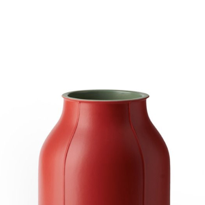 Large Barrel Vase - Large Barrel vase. Cast in white clay. Two-tone matt glaze, green on the inside and red on the outside. Year of production 2014 | Matter of Stuff