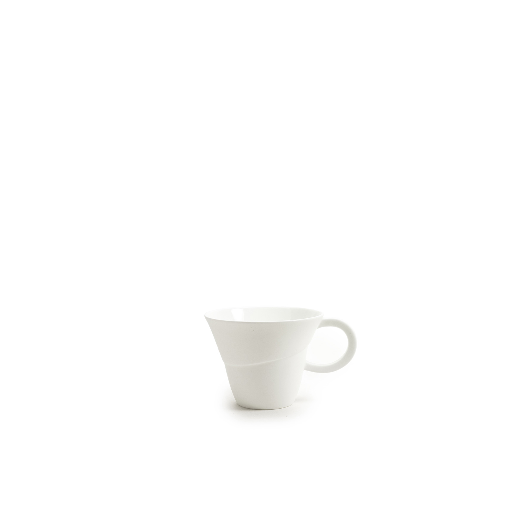 Flare Mug - Russell Pinch and Oona Bannon are renowned furniture and lighting designers and have reduced the scale in which they design to create Flare. Flare is a fine bone china collection that involves generous and curvaceous forms paired with exaggerated ratios delivered via handles and spouts. The shapes offer a sculptural modernity whilst referencing classic form, and make a virtue of light and shadow. For a radical departure from their usual palette, the Festival Jug is a hand-painted prestige piece that is wild in colour and takes an arduous five and a half hours to decorate.  | Matter of Stuff