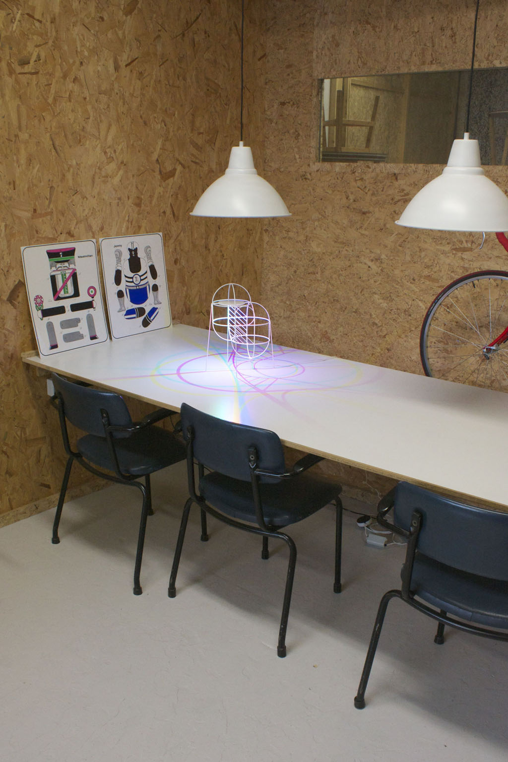 CMYK Up - <p>The 'CMYK up` can be used both on the table or floor. The original CMYK lamp uses the ceiling to project interlacing lines of cyan, magenta and yellow. The 'up' has the floor and table as playground. Its legs are not 3d printed, but are attached afterwards and are made of fiber-glass.</p>    Matter of Stuff