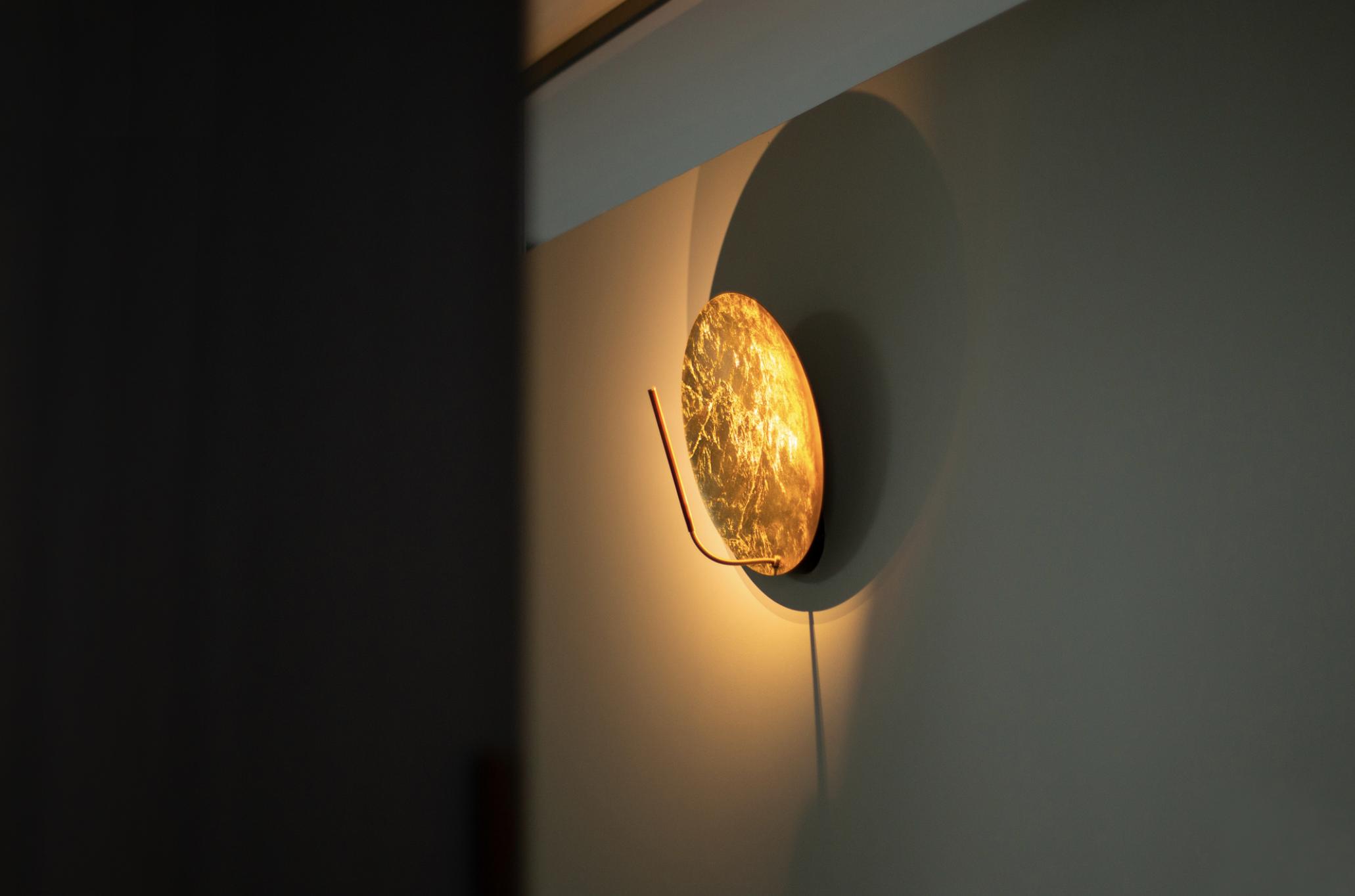 Luna W Wall Lamp