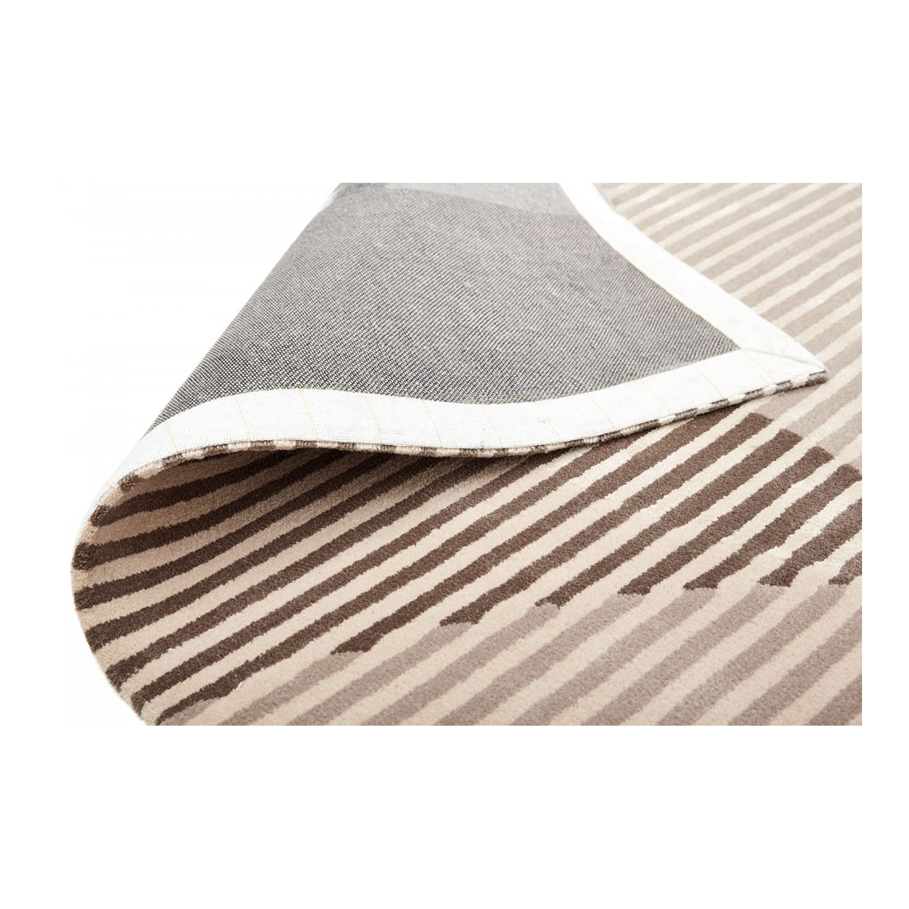 Sinking Circles Nude Rug - <p>This delicate optical rug in hand-tufted wool, designed by Polish designer Alicia Palys, brings together classic and contemporary style. It features large circles in a delicate palette of roses and grays on a background of stripes, and its dimensions are 200x290 centimeters, with 10 mm pile height. Fully customizable in color and size.</p>  | Matter of Stuff