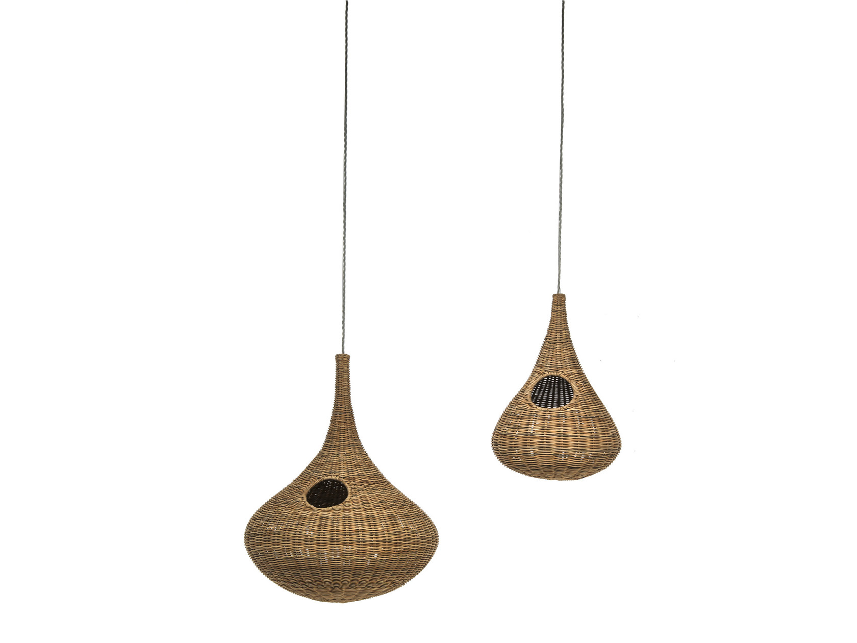 Spin 95 Pendant Lamp - Suspension lamp in natural melange rattan core with wiring max.power 18 W, 220 Volt. Electrical cable length of the lamp is 250 cm and the steel cable length is 200 cm. | Matter of Stuff