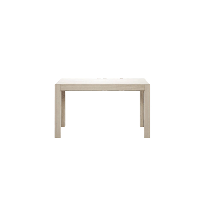 Convivio Extendable Console Table - Table with sober and discrete lines, it effectively solves a present-day need, transforming itself from a simple console into a dining table, protagonist of happy convivial moments. Also suitable for home office and office usage, its ability to transform solves every situation, even the most unexpected one.  | Matter of Stuff