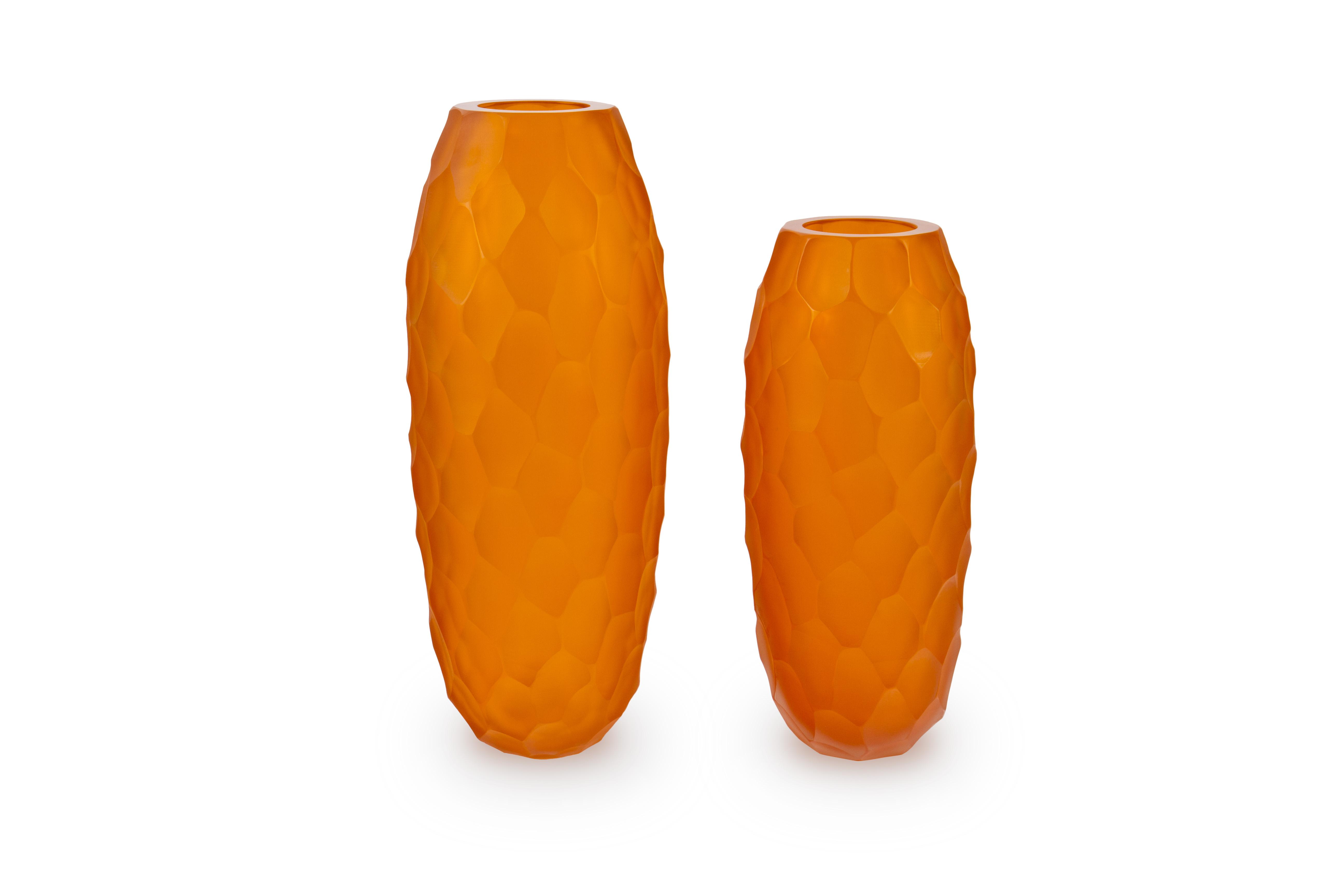 Battuti Vases