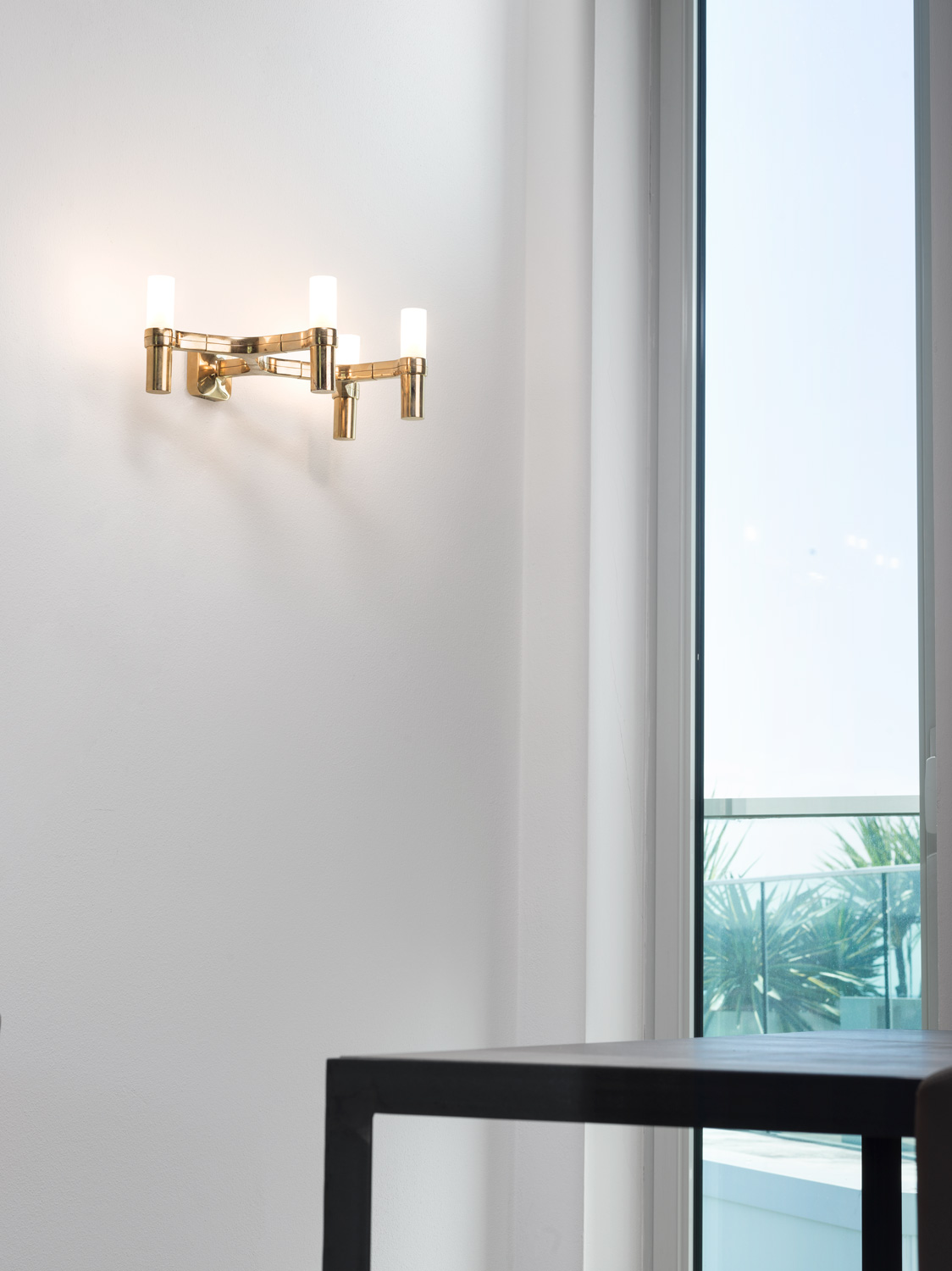 Crown Wall Lamp - <p>Wall lamps, with modular structure in die-casted aluminium and<br /> sandblasted glass diffusers. Structure in aluminium hand polished glossy, gold plated, painted in matt white, matt black, gold or black plated.<br /> Prices are with bulb not included.</p>  | Matter of Stuff
