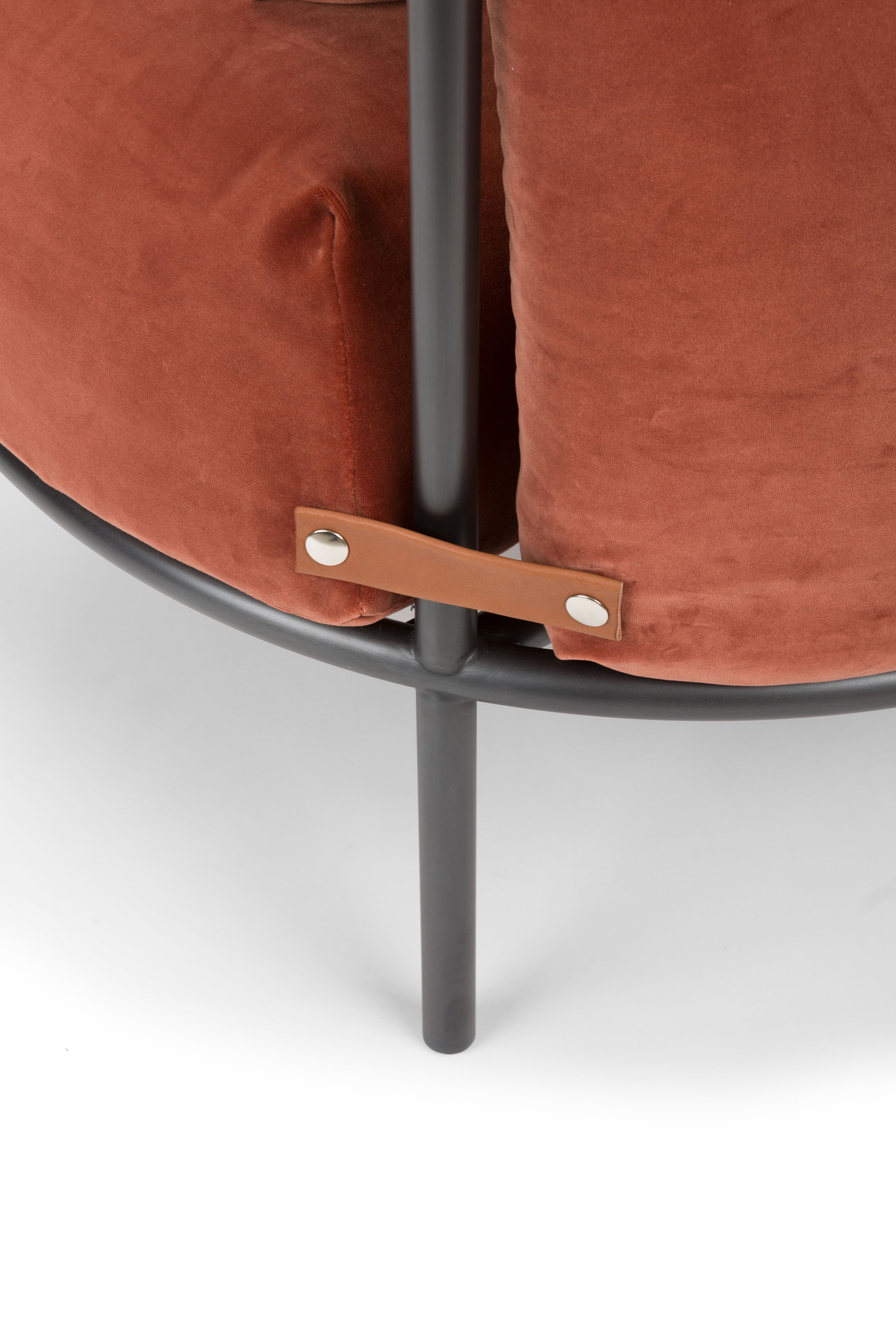 """Minima Armchair - <p>Minima is the first armchair in the Mingardo catalog and the first time that the company has to deal with upholstery. The armchair rests on the ground with the """"unique"""" added elements that serve to strengthen the structure itself. The padded parts are """"hinged"""" by straps and become the only detail of the structure, intentionally left exposed. Minima fits discreetly into living and non-living spaces.</p>  
