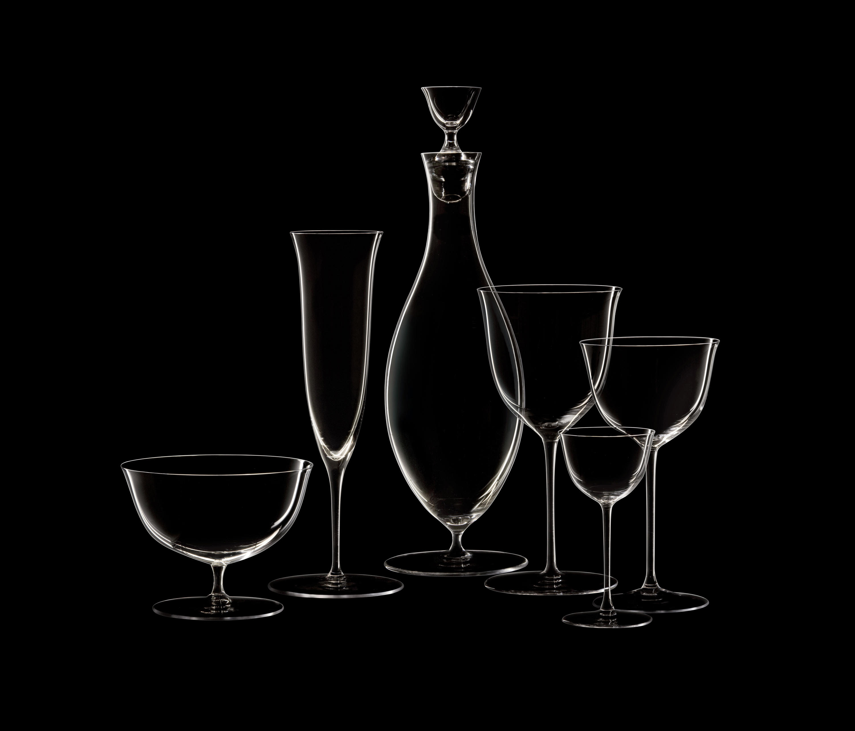 Drinking Set No.238 Finger Bowl On Stem - Set of 6 - The perfectly flowing contours of these original Hoffmann shapes make this muslin glass service a classic. Josef Hoffmann designed the elegantly balanced glasses for Lobmeyr as early as 1917. The material, extremely delicate muslin glass, hand-blown in wooden shapes, gives the series its elegance.    | Matter of Stuff