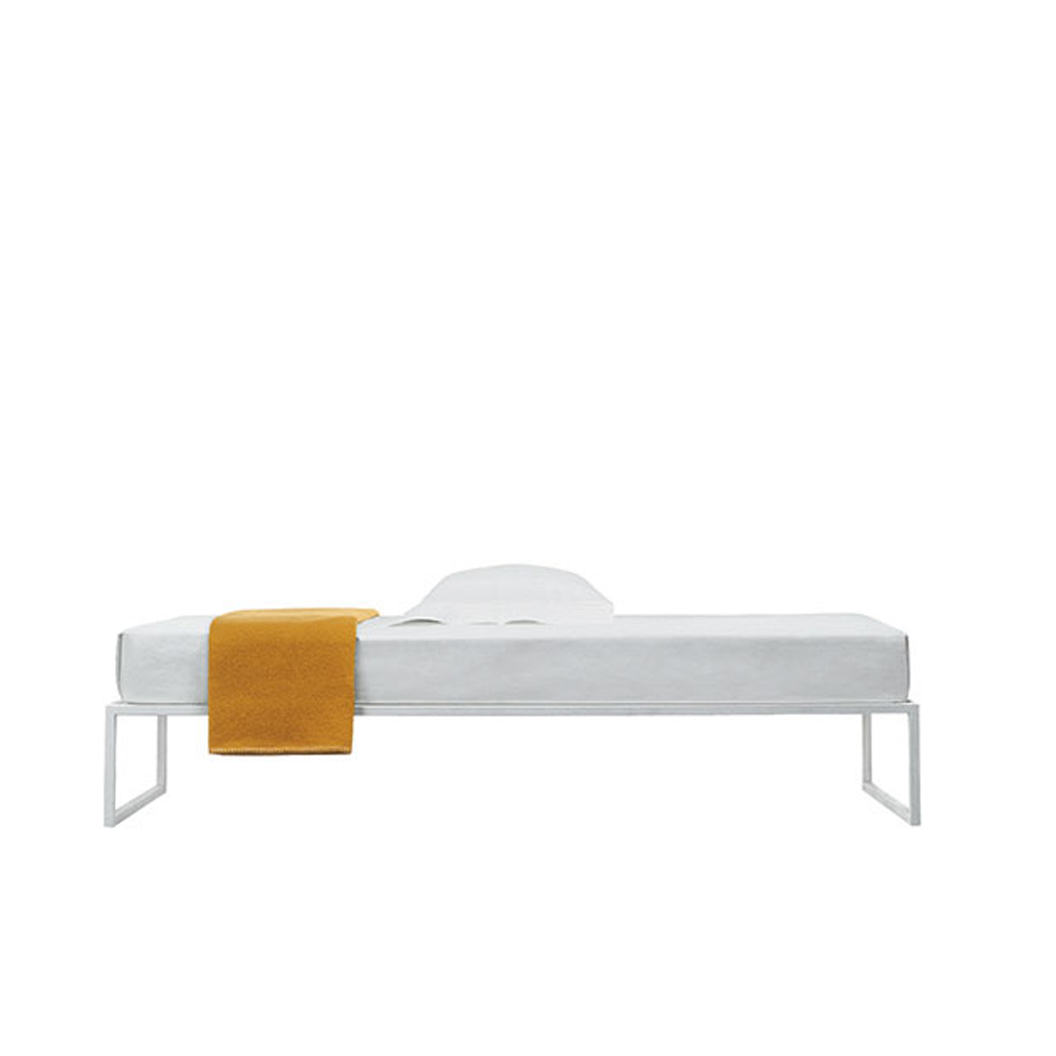 Fronzoni '64 Bed Large - The perfect emblem of AG Fronzoni's works, the Fronzoni '64 bed is a conceptual furnishing piece; a sober and essential encounter of straight lines with spatial planes, where geometry reigns supreme.
