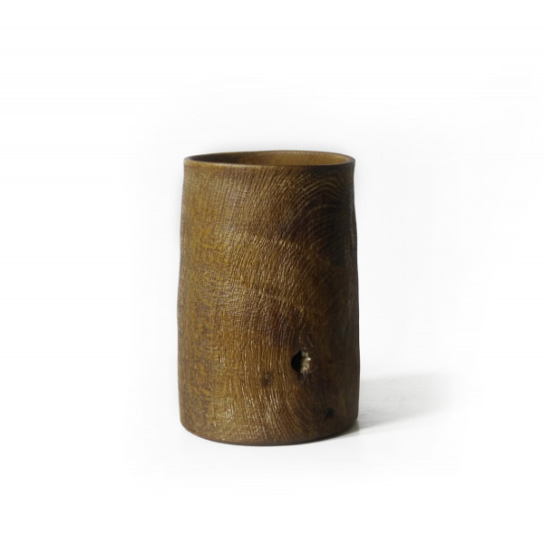 Bowl Oak 06 - The artistic work of the trained carpenter and film-director Fritz Baumann is expressed in award-winning films and unique works in wood. Bowl Brushedimed Oak 06 is hand carved in oak and limed.  | Matter of Stuff