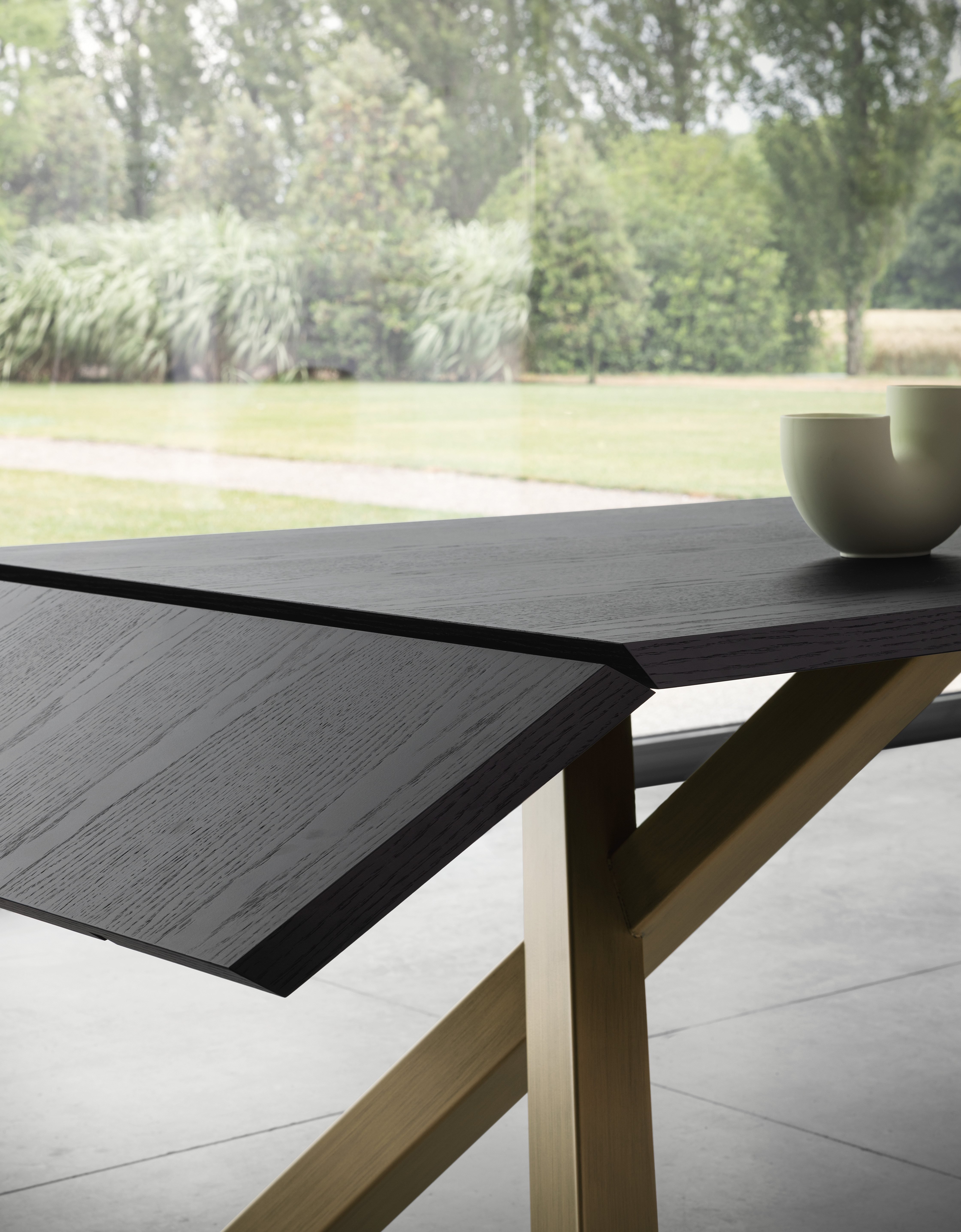 Gustave Table