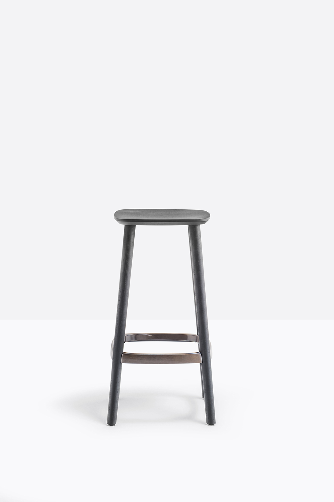Babila Stool - <p>Babila collection is able to move along tradition and innovation with great agility. The strenght of this collection is its simplicity and directness, to recall a timeless shape. Ash wood barstool with tapered legs that perfectly join the plywood seat. Die-cast aluminum footrest. Height 650mm.</p>  | Matter of Stuff