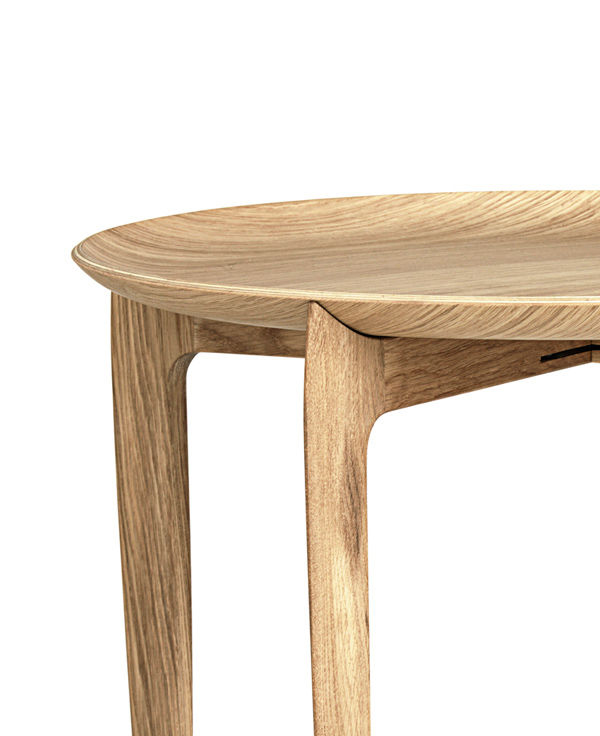 Large Tray Table - <p>The elegant Tray table was designed and crafted in 1958 by Willumsen &amp; Engholm. They were both excellent cabinetmakers working at Fritz Hansen and the table proves that they were also talented designers. </p> <p>The tabletop is made of oak veneer. The base is foldable and is made of solid oak, either natural or black lacquered.</p>  | Matter of Stuff