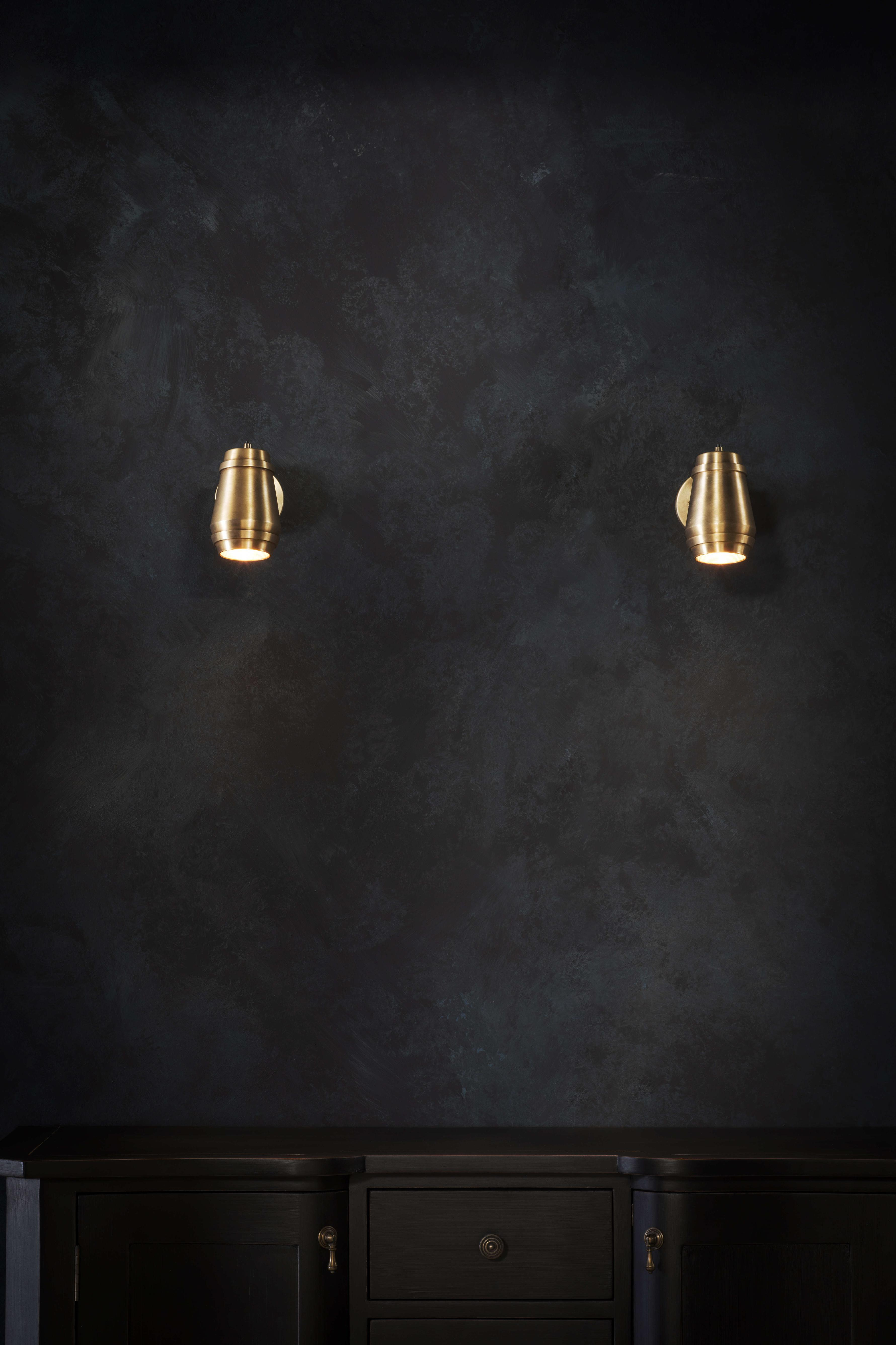 Cask Wall Light - <p><span>The Cask Wall Light is the ideal lighting solution for smaller spaces. Turned in brass, then hand-finished, it is perfect if positioned over a bedside table or mounted as a pair for added illumination. </p> <p></span></p>    Matter of Stuff