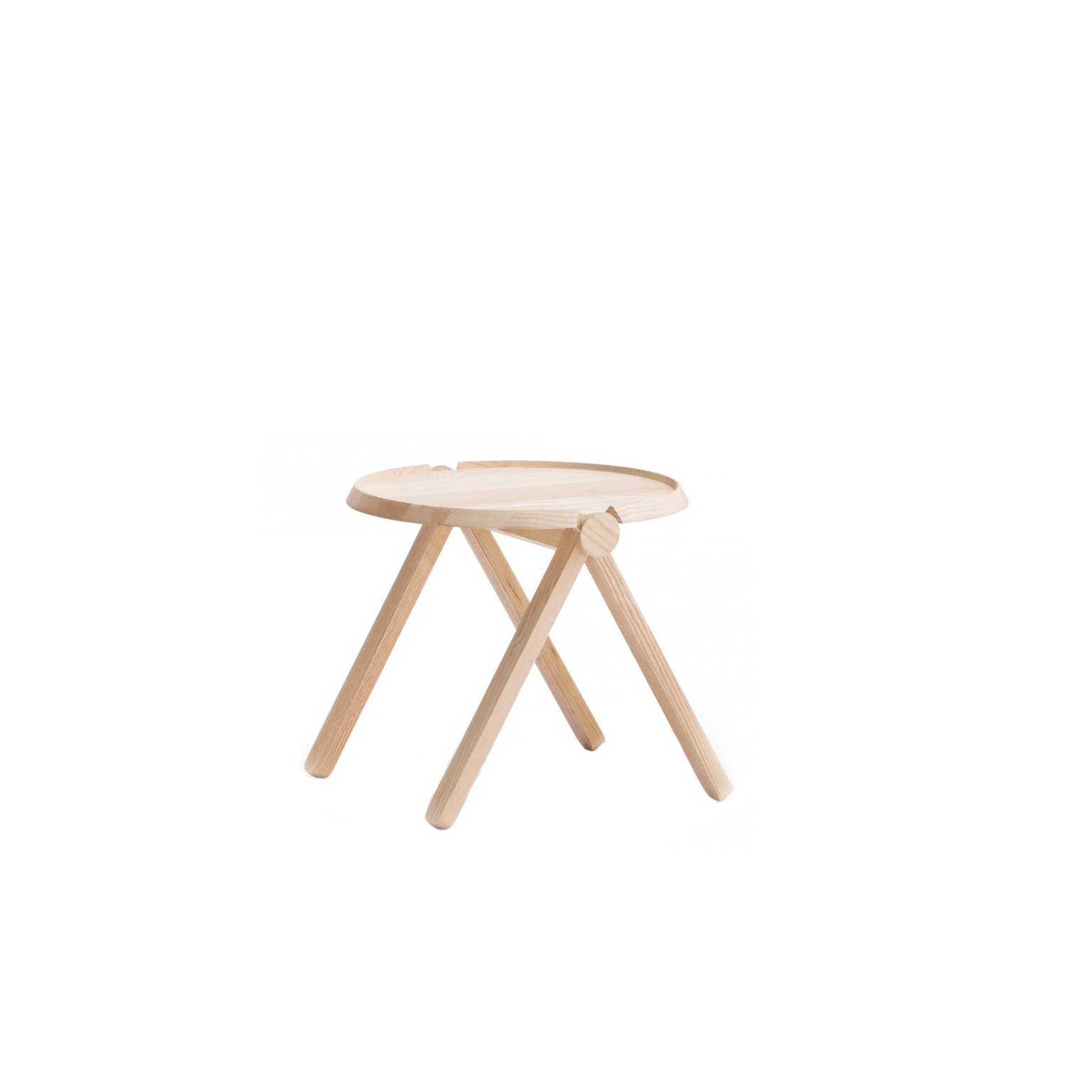 Lilliput Side Table - Lilliput side tables made of solid or lacquered ashwood, with two contrasting natural wood knobs which are only available in natural Ashwood. These knobs allow Lilliput to be flat-packed for swift and environmentally friendly transport.  | Matter of Stuff