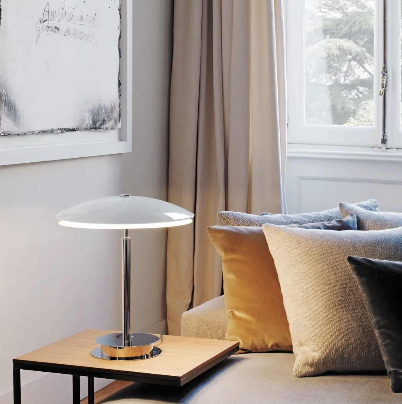 Bis-Tris Table Lamp