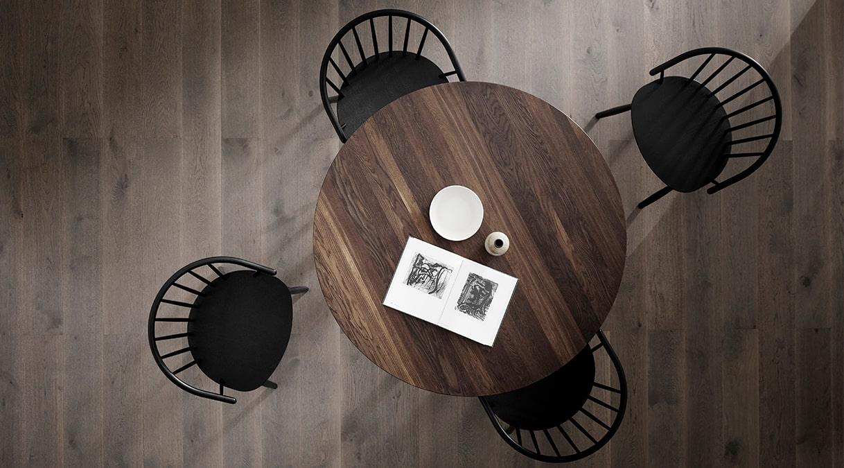 Taro 6121 Dining Table