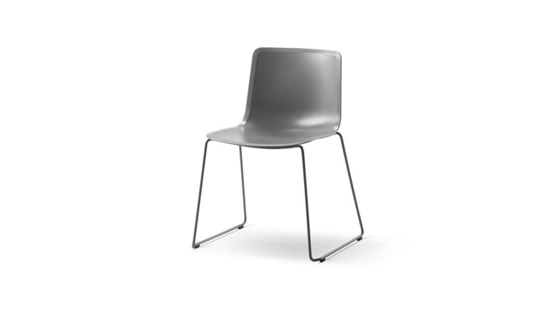 Pato Sledge Base Chair