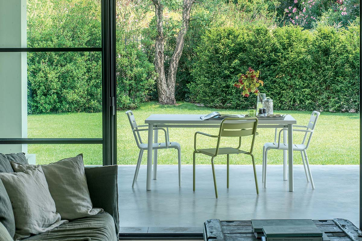 Star Rectangular Table - This is a rectangular table made from steel. This table comes in a wide array of colours so that you can choose the best colour to suit your space.   A series of chairs and tables, the Star collection is an evergreen among EMU products. Simple shapes, colour and versatility mark this collection which is defined by soft, classic lines, ideal in multiple contexts and surroundings. The Star collection comprises chair, armchair, stool, lounge chair, sofa and tables of various sizes.</p>  | Matter of Stuff