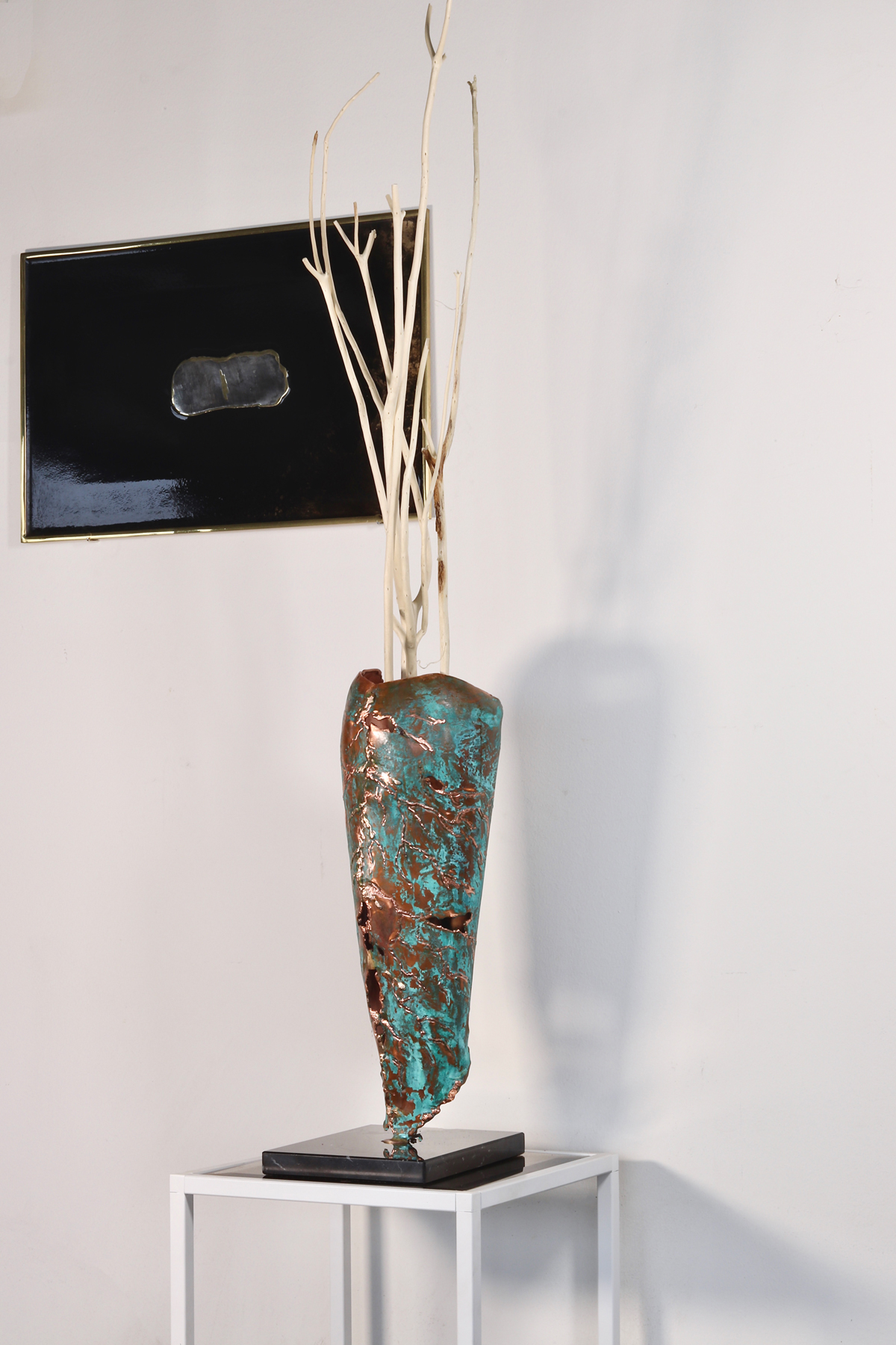 Germoglio Vase - A small shoot begins to see the light under a carpet of fallen leaves. the cycle of life continues with all its colours. This creation comes from recycled copper, worked and beaten by hand then treated with exclusively natural treatments to create verdigris. Entirely handmade. | Matter of Stuff