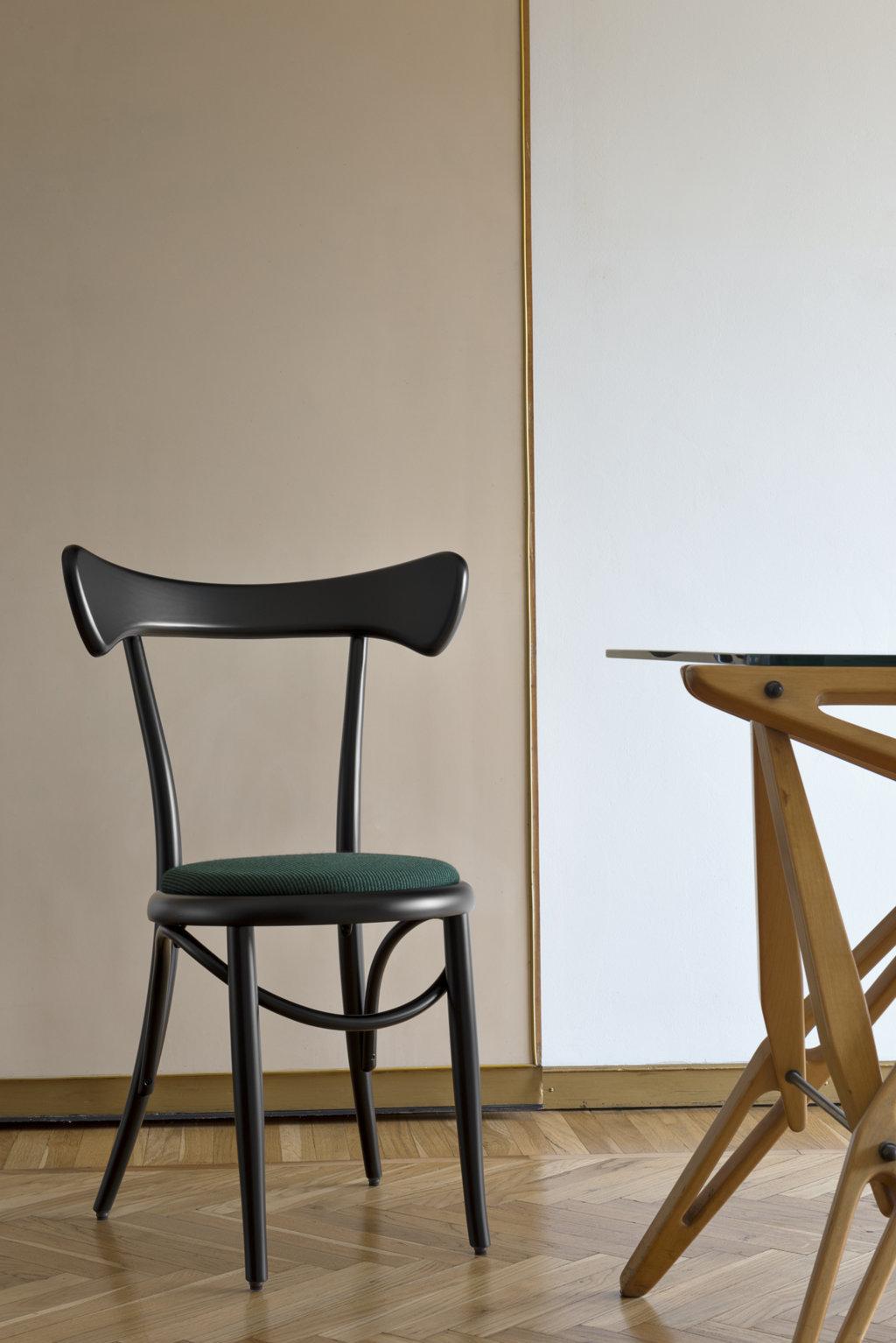 Cafestuhl Chair Upholstered