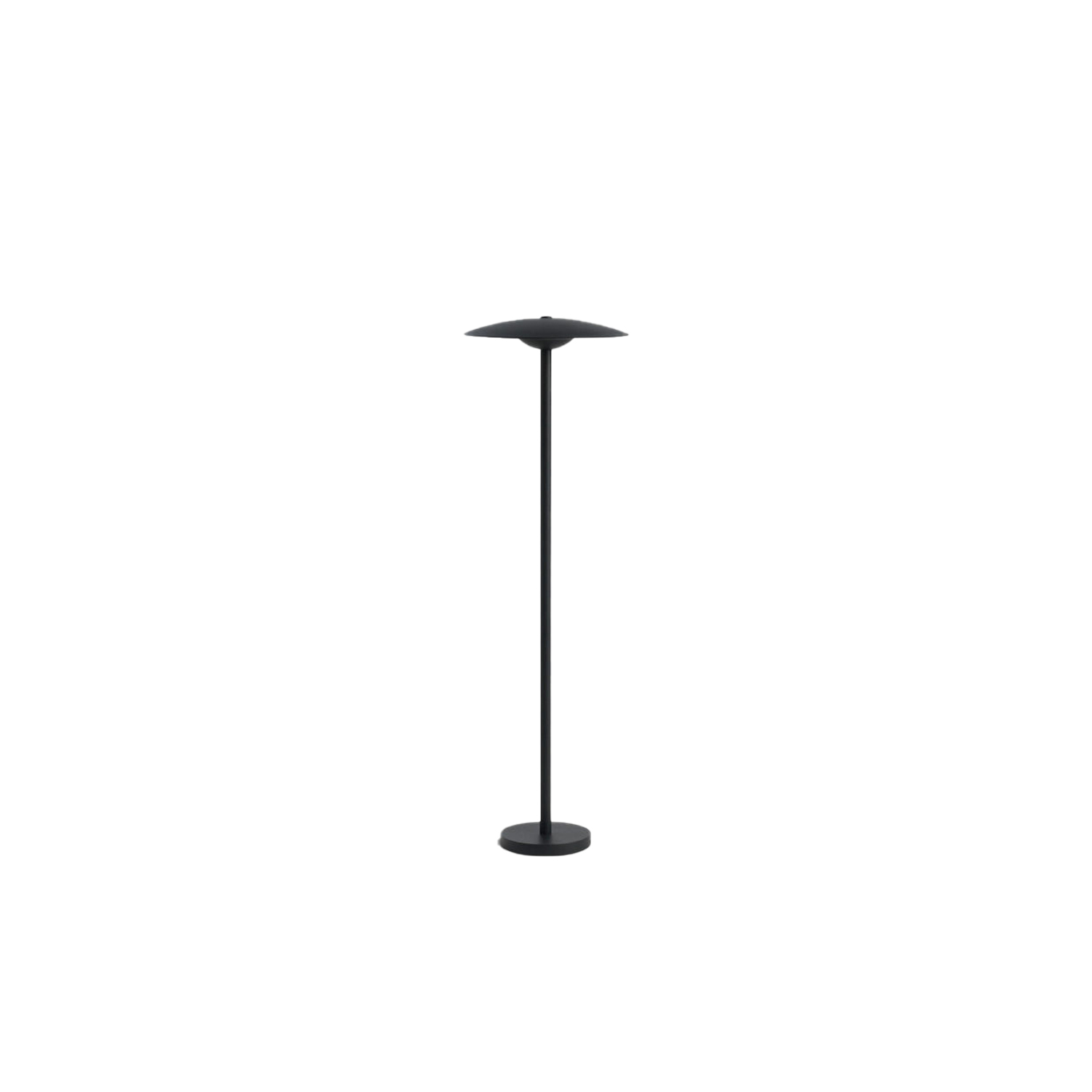 Ginger B 20/63 Outdoor Floor Lamp - The Ginger collection is moving outdoors, with wall sconces that can be installed individually or in a cluster, a new 15 cm sconce —perfect for passageways and small outdoor areas—, a lamppost and small floor lamps.