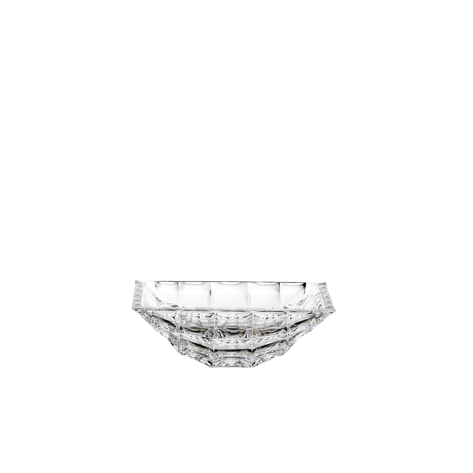 Diamante Crystal Centrepiece - 36A diamond-inspired hand-etched design by Sandro Bessi for ColleVilca. The majestic and classic allure of the centerpiece adds refinement to any table or console, due to the unique brilliance of the crystal, exploited at its best in this design.