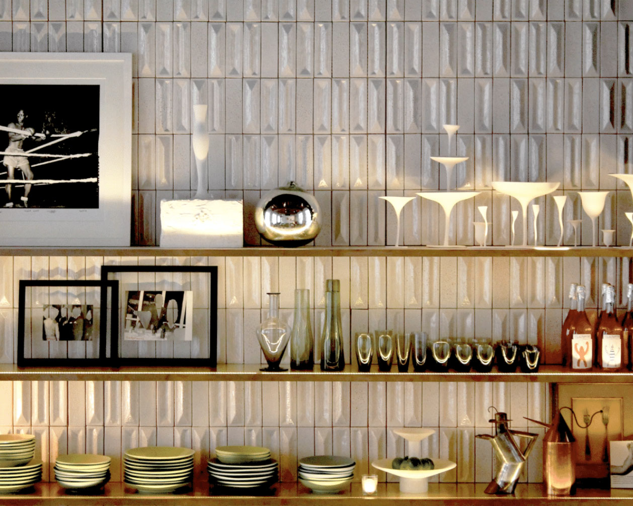 Doria Tiles - Simple Colour - These Green ceramic tiles are characterized by a smooth diamond-cut surface, sized cm 6×19 cm.  Doria tiles are composed of four different geometries: relief, low-relief, high low-relief and flat.These tiles are produced in accordance with a hand-crafted technique which makes the material heterogeneous, both in the effects on the surface and in the dimension of the pieces.  Bespoke glazing colours and effect are available.   Matter of Stuff