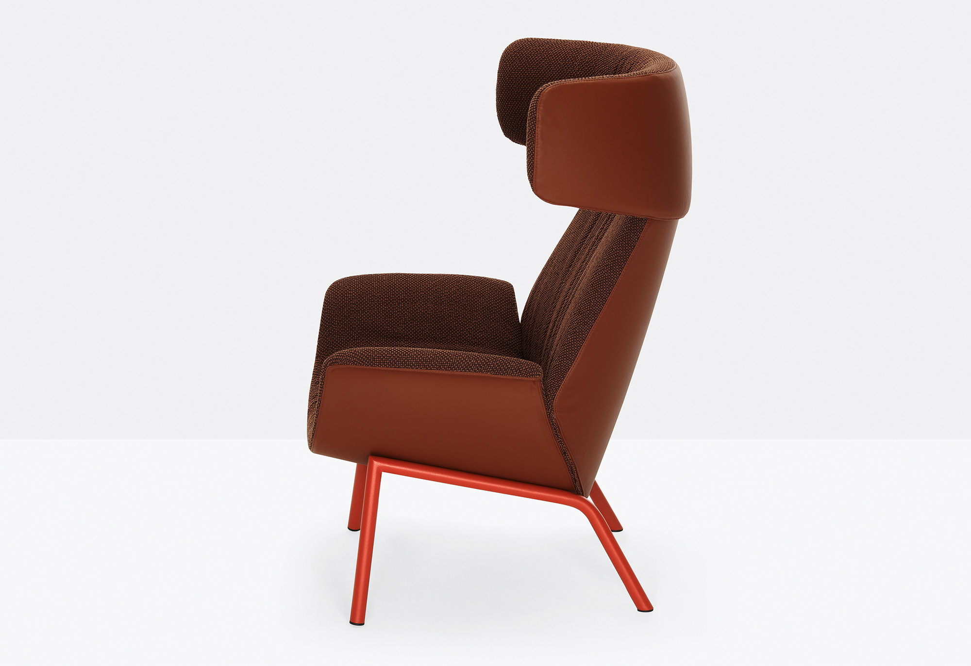 Ila Upholstered Lounge Chair with Headrest