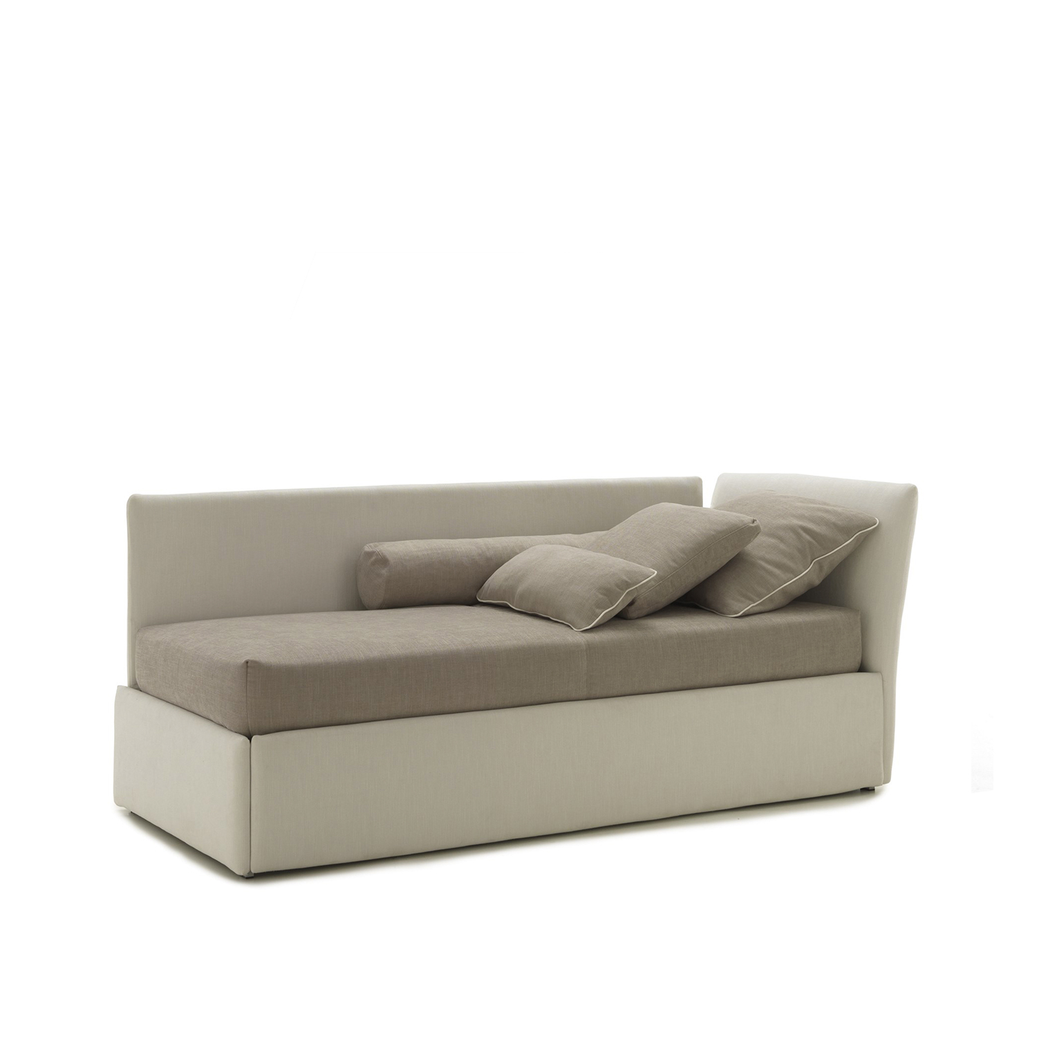 Biba Sofa bed - The Biba Program of single, with its soft and upholstered lines together its clear and essential design, is a classic and trendy bed at the same time and offers many ideas for furnishing children's bedroom or also a space of the house where a sofa bed is needed.‎