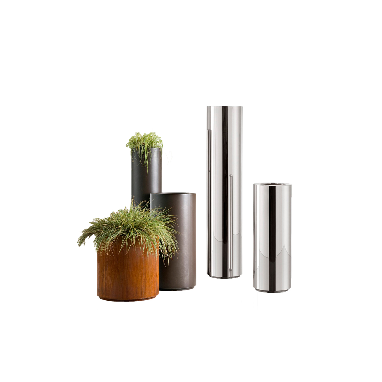 Cohiba Metal Cachepot - A pure cylindrical shape comes in De Castelli metals and finishes for a series of cachepots with abounding stage presence.‎ In their linear simplicity, these objects become landmarks for the home, not just accessories but also cardinal points that orient the space.‎ In different heights and diameters, they stand alone or make up multi-faceted sets.‎