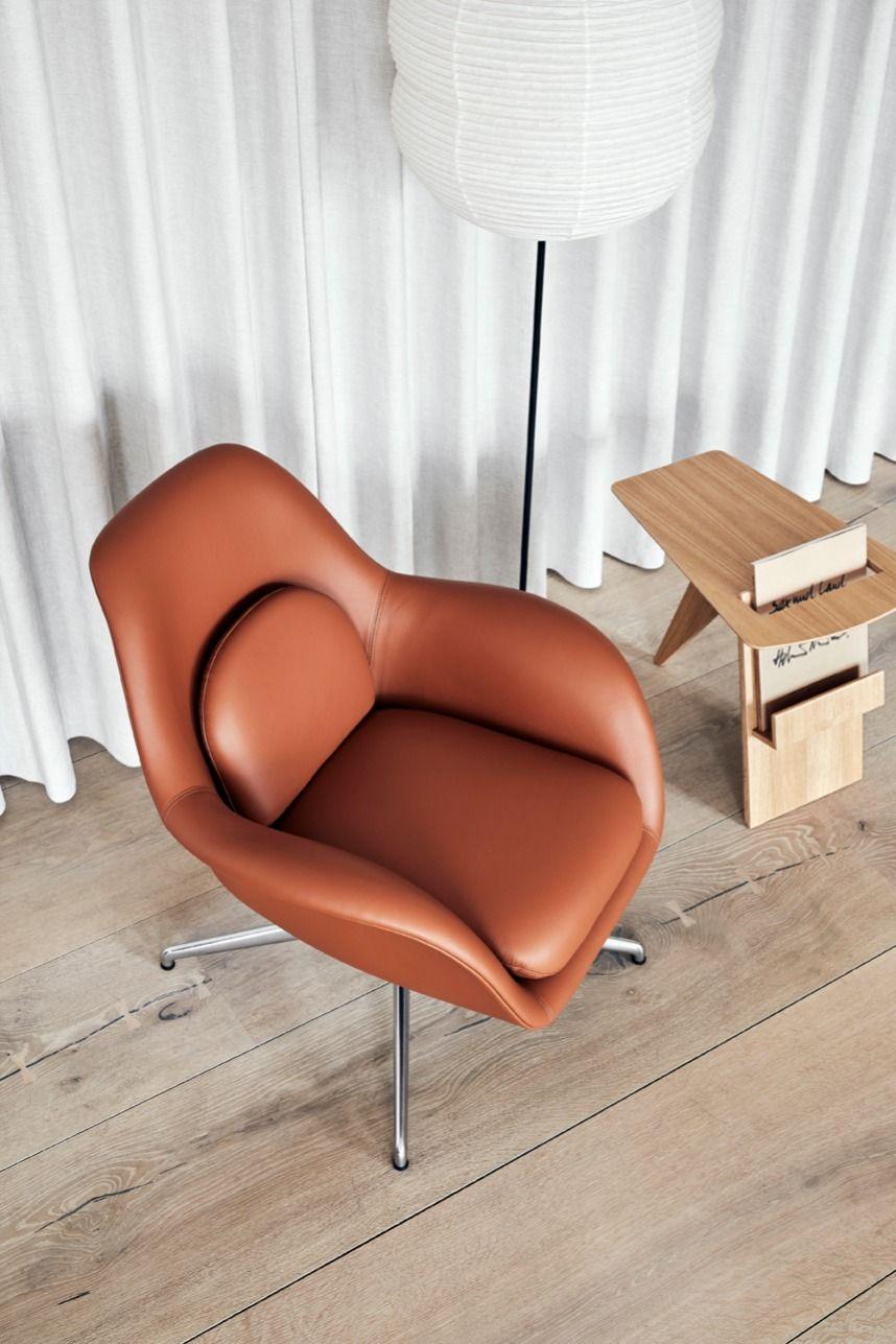 Swoon Lounge Petit Swivel Base