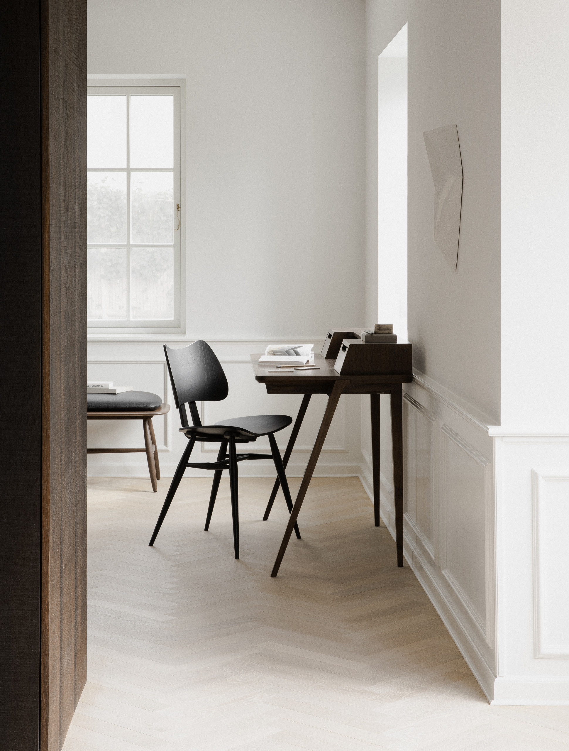 Treviso Desk - <p>The handcrafted Treviso desk designed by Matthew Hilton captures an element of architectural character, combined with a timeless elegance, amplified through the natural beauty of solid, pale oak or rich, dark walnut. The perfect pairing with a Butterfly Chair from the Originals collection.</p>    Matter of Stuff