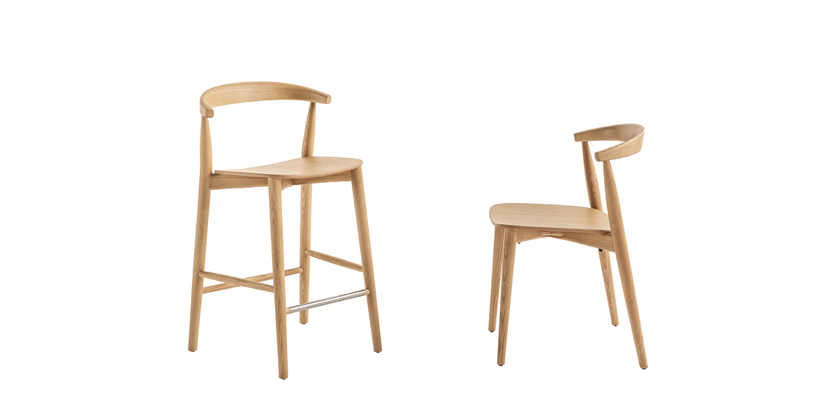 Newood Light Low Stool - BrogliatoTraverso studio has continued to amplify its celebrated family, inspired by classic Windsor chairs, this time in two ultra-light versions: Newood Light chair and Newood Light stool.