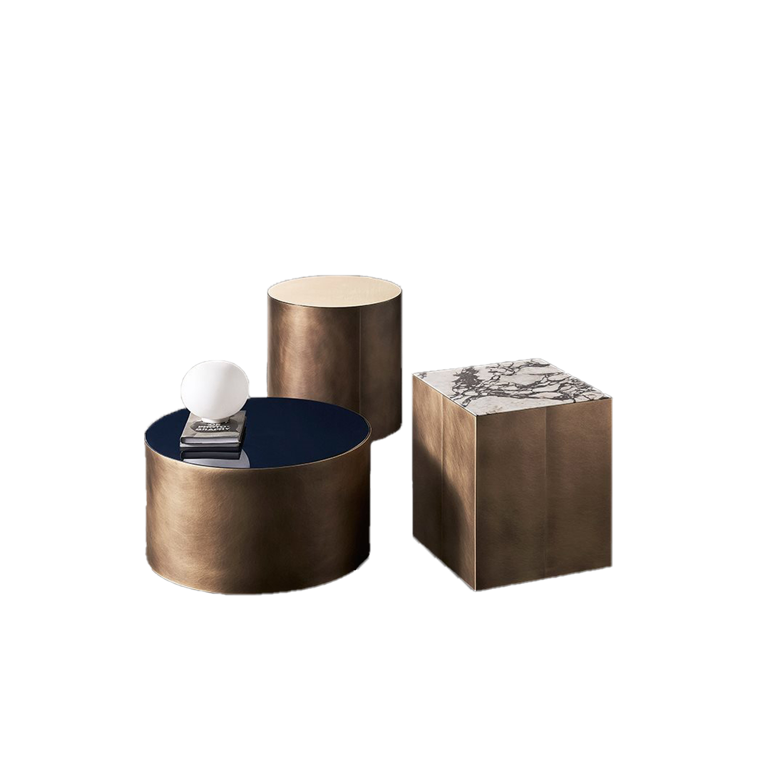 Belt Round Small Low Table - Belt are low coffee tables with wooden structure and bronzed brass perimeter band. The top is available in matt lacquered oak veneer or glossy bronzed marble mirror glass. | Matter of Stuff