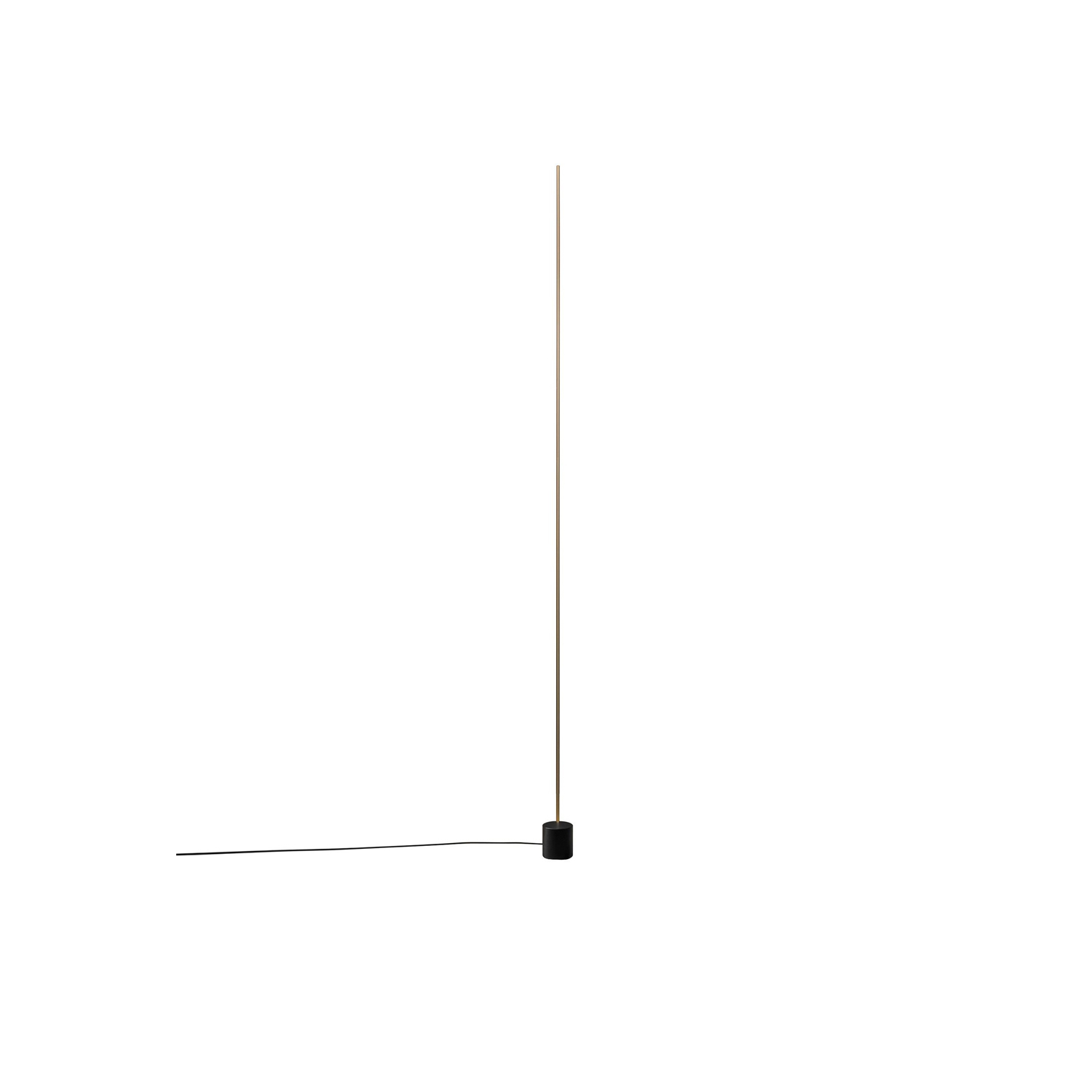Light Stick F Floor Lamp - When Enzo Catellani began creating new lighting fixtures using the first LED circuits, the intention was to create simple, discreet, almost invisible objects, that put emphasis on the light. This is how he moved away from a rather 'aggressive' style towards simple minimalism. | Matter of Stuff