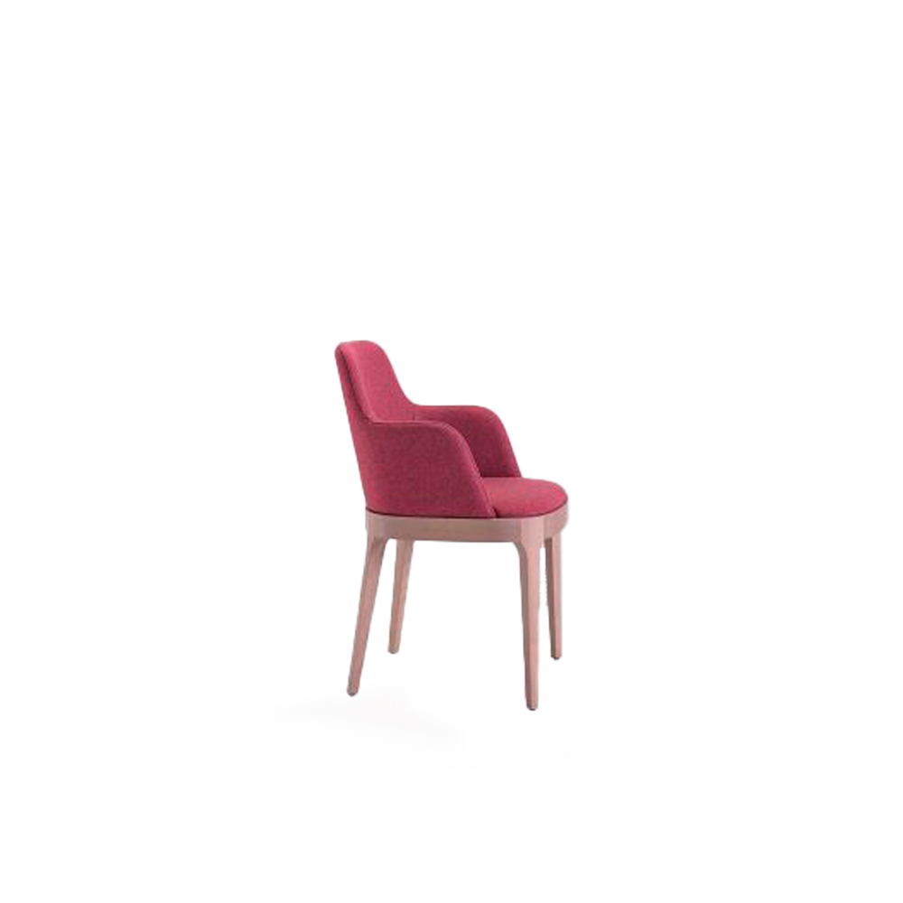 Club 24 Armchair - Family made up of chair and armchair in solid beech, extremely comfortable and wrapping, with a structure that brings out well-kept details.  The legs are tied to the frame and together with it they create a unique piece, on which the shell is inserted. The result is a seating with a very elegant profile. | Matter of Stuff