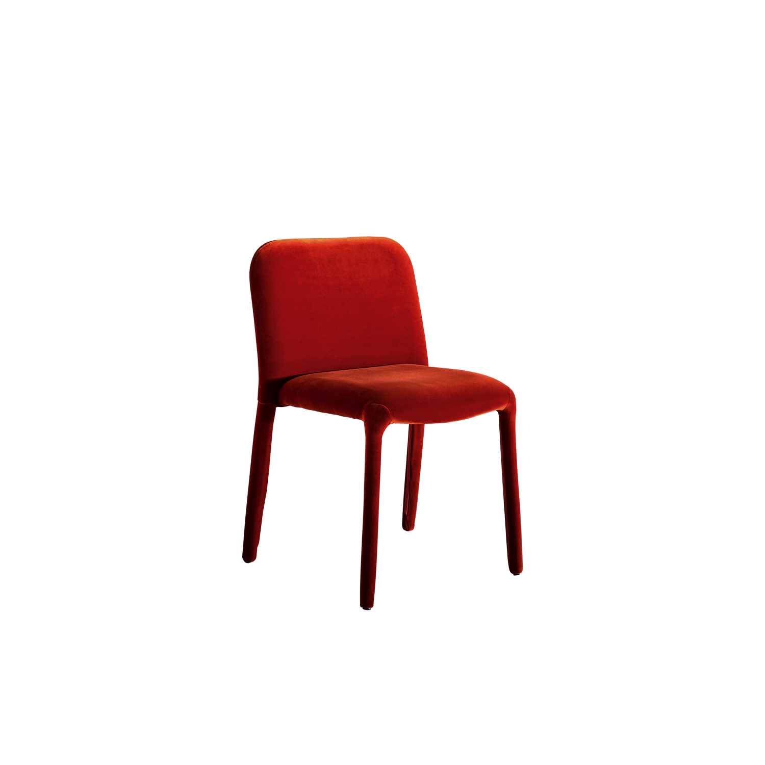 Pelè Chair - Pelè is completely padded, from the backrest to the legs. With its bourgeois air and rounded shape, it is extremely versatile and fits in any environment.