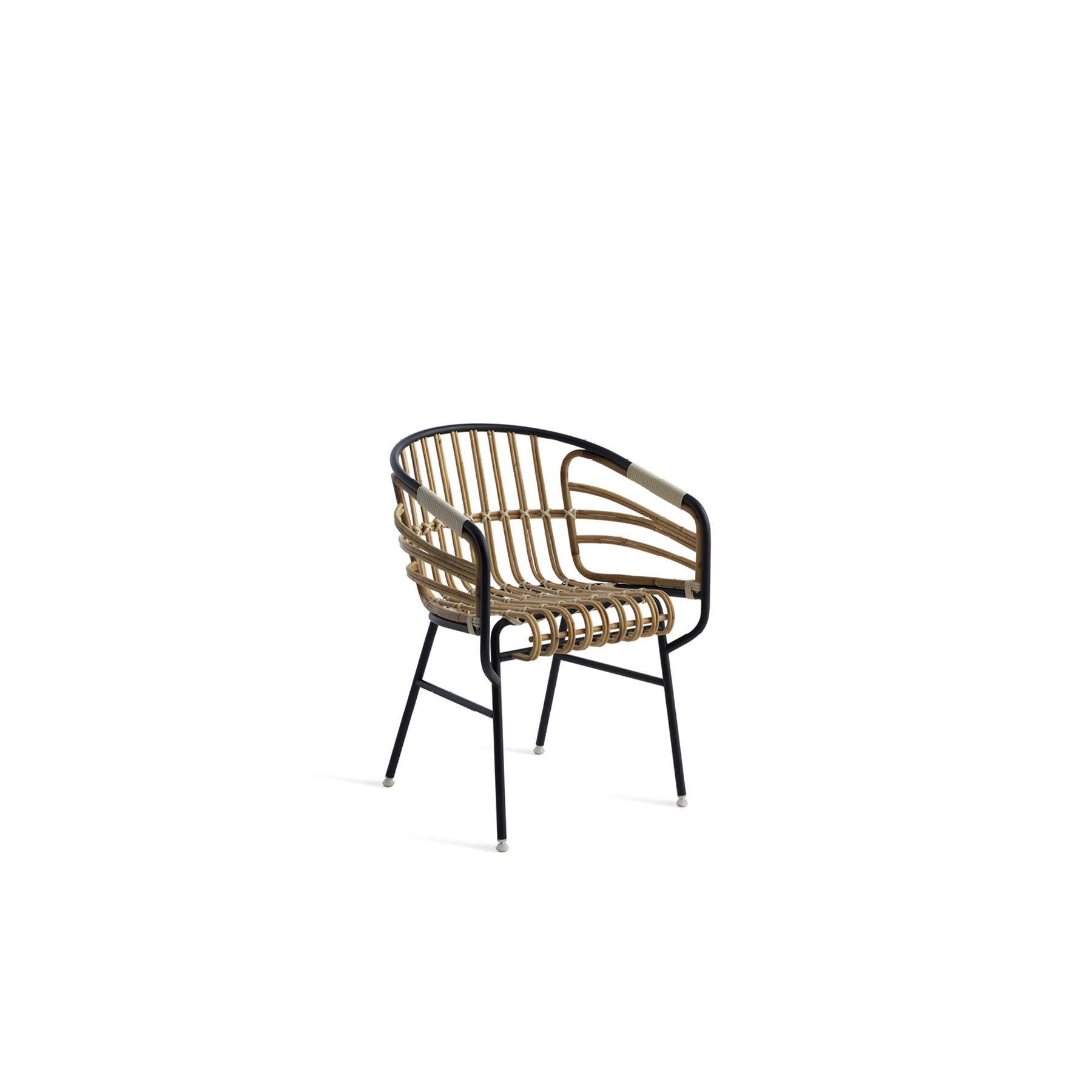 Raphia Rattan Chair - Raphia Rattan is the offspring of a research project into the use of materials and how they can be exploited as furnishings. It is the perfect convergence of modernity and tradition, of technology and craftsmanship. An oxymoron that brings together two of the spirits of production in Italy: the metal industry and the small timehonoured manufacturers of rattan and wicker products. Today, there remain very few firms which conserve the know-how of rattan, where manual skills and craftsmanship combine to insure that every creation is unique. Raphia embodies this history and tradition in a contemporary context.