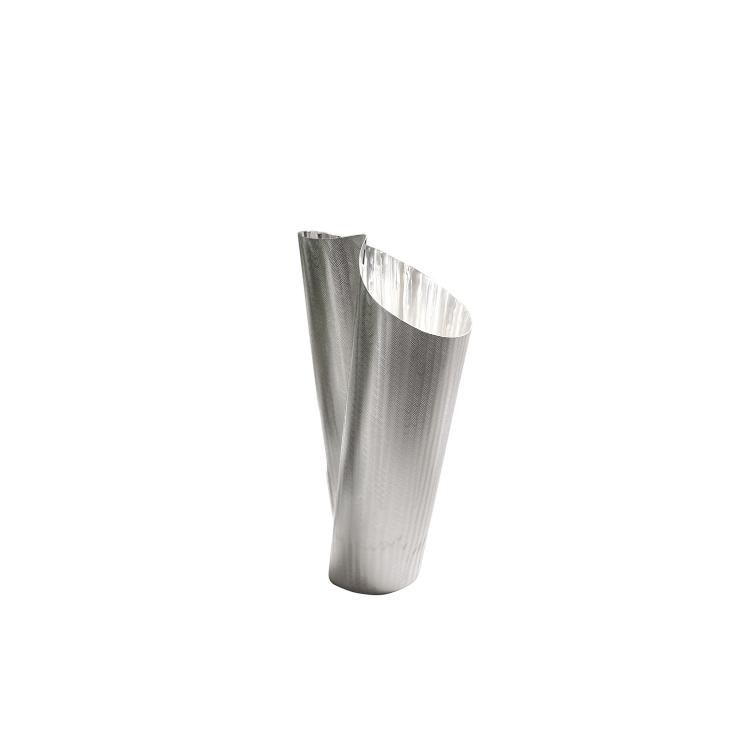 Tamada Vase - Refined vase crafted in a silver-plated alloy by the skilled silversmith Zanetto. The sensual forms of the vase are enticing. This item is also available in sterling silver upon request.
